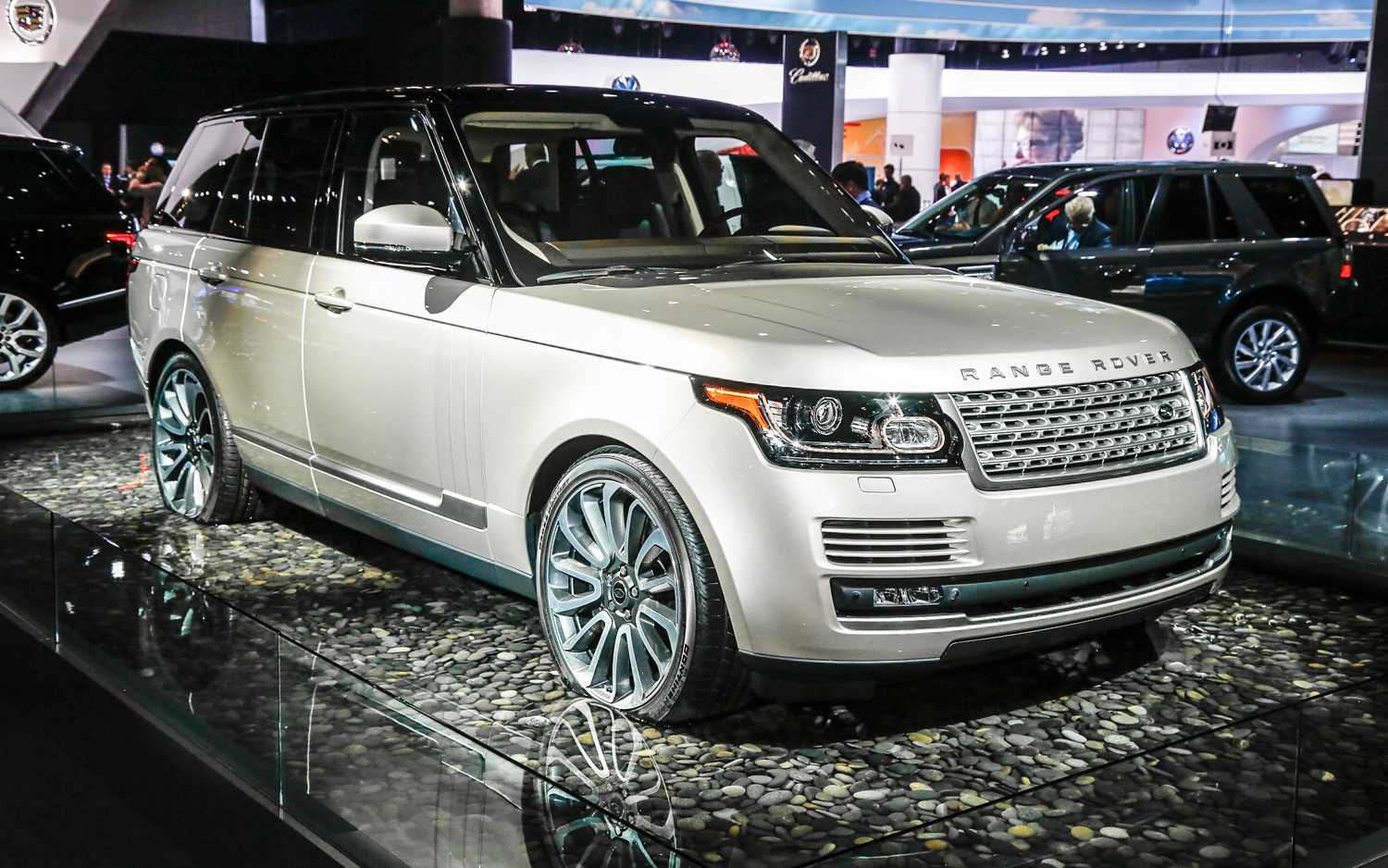 2013 land rover range rover first drive - motortrend