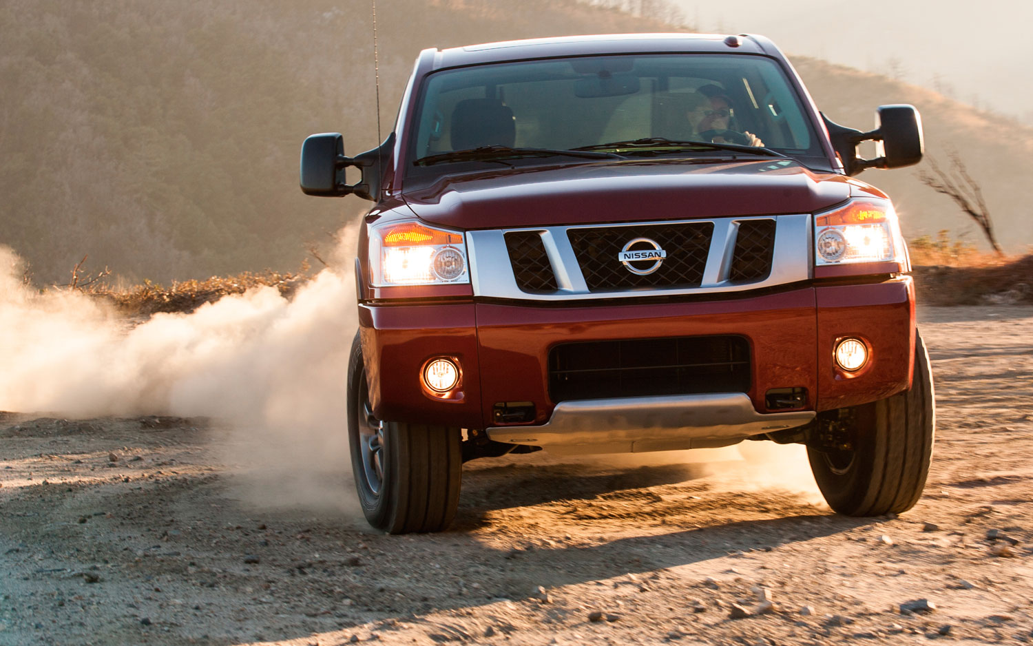 2013 Nissan Titan Prices Rise Starts At 29815 Tops Out At
