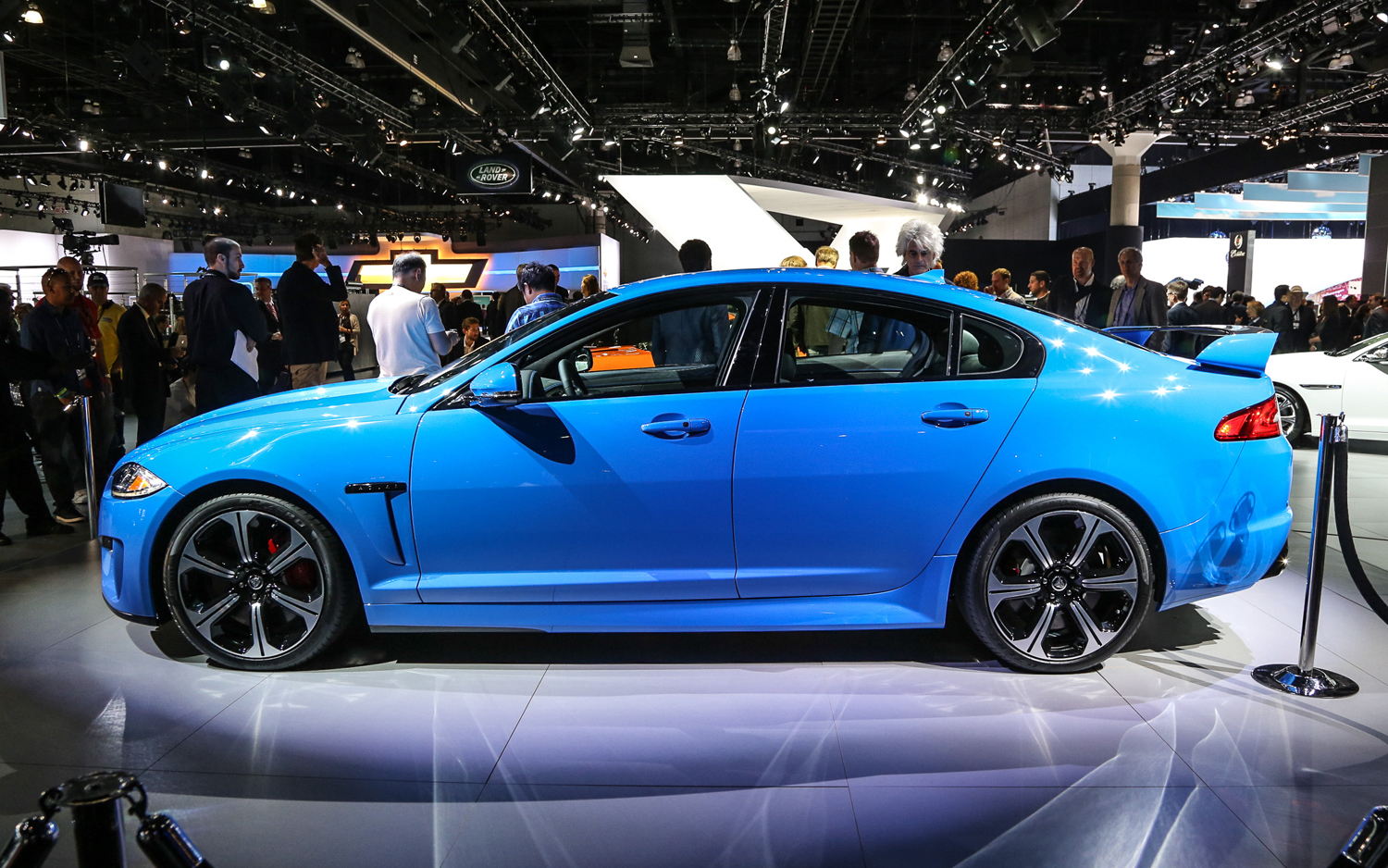 Faster Four Door Jaguar Xfr S To Debut At L A Show Motor Trend