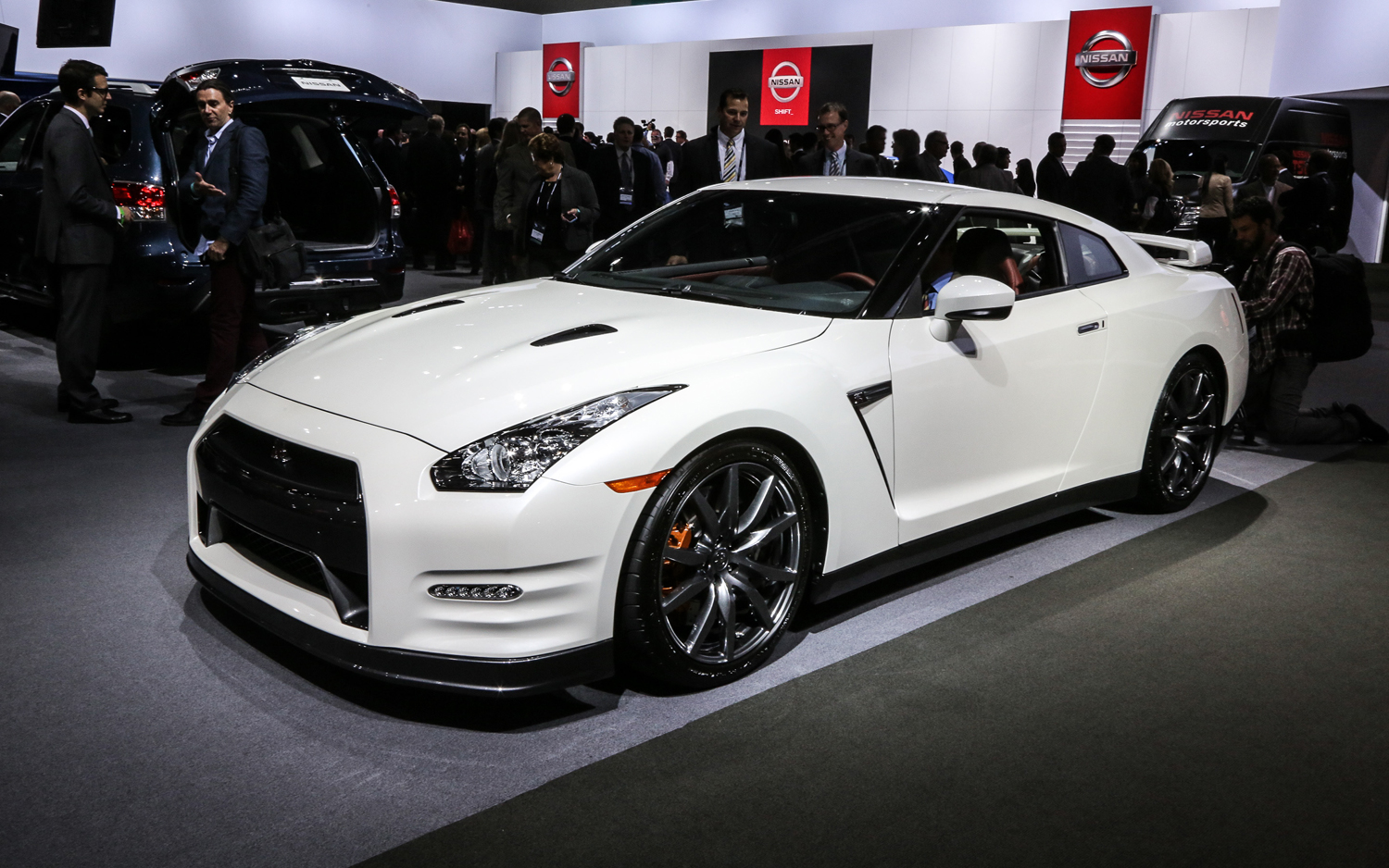 The Ever Evolving 2014 Nissan GT-R - 2012 L.A. - Motor Trend