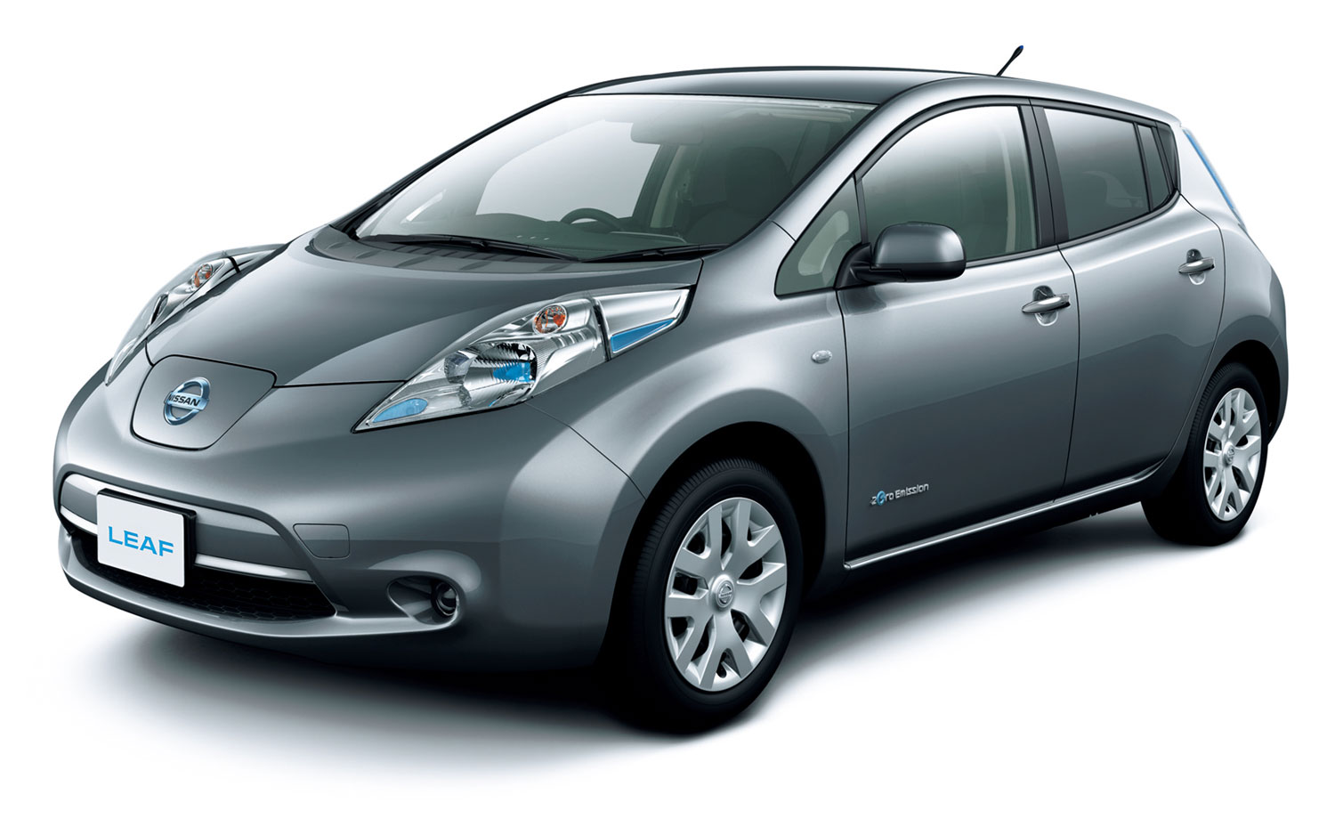 Cheaper EV: Nissan Leaf S Debuts in Japan with Lower MSRP, Same EV ...
