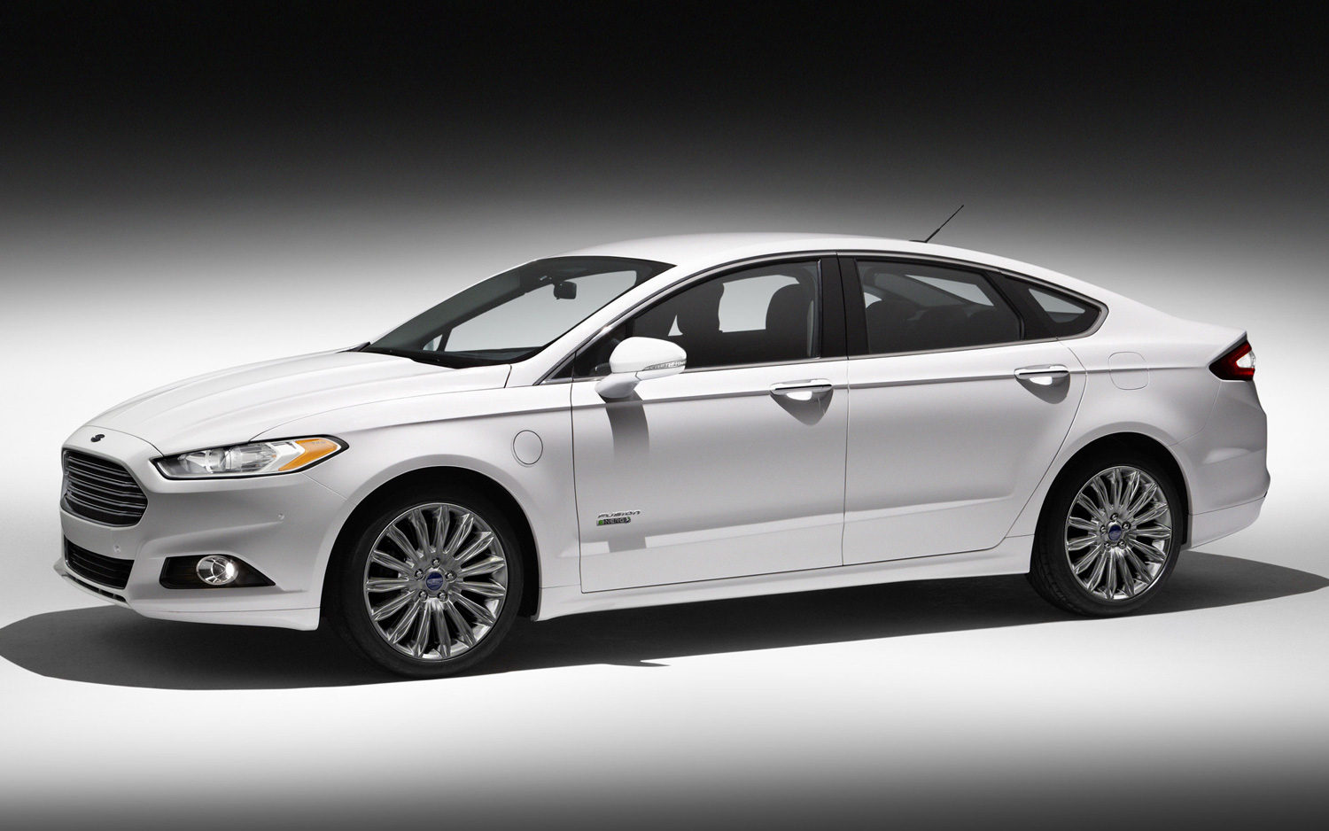2013 ford fusion energi gets 100 mpge combined rating