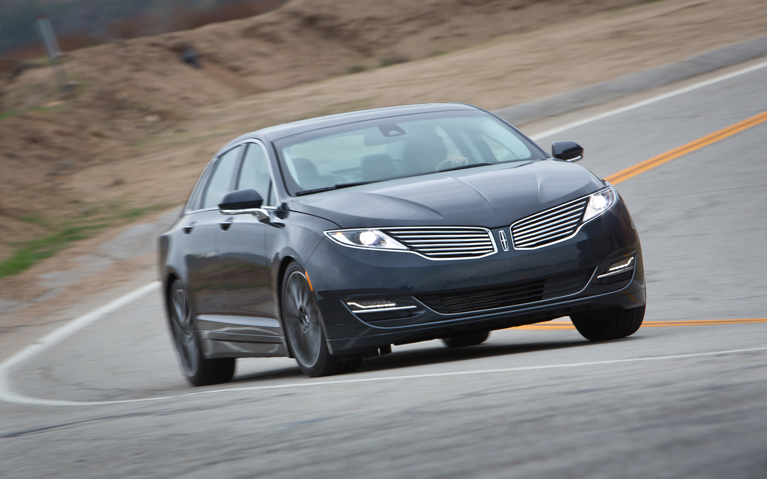 2013 Lincoln Mkz First Test Motortrend