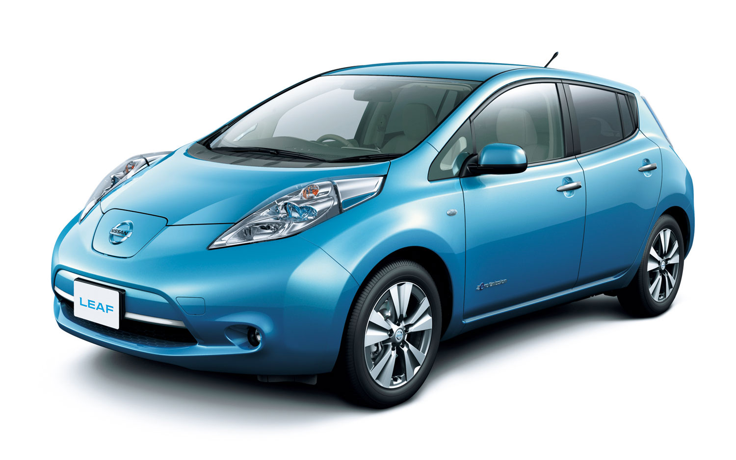 Electric Deal: Certain Nissan Leaf Dealers Offering Nearly $10,000 ...