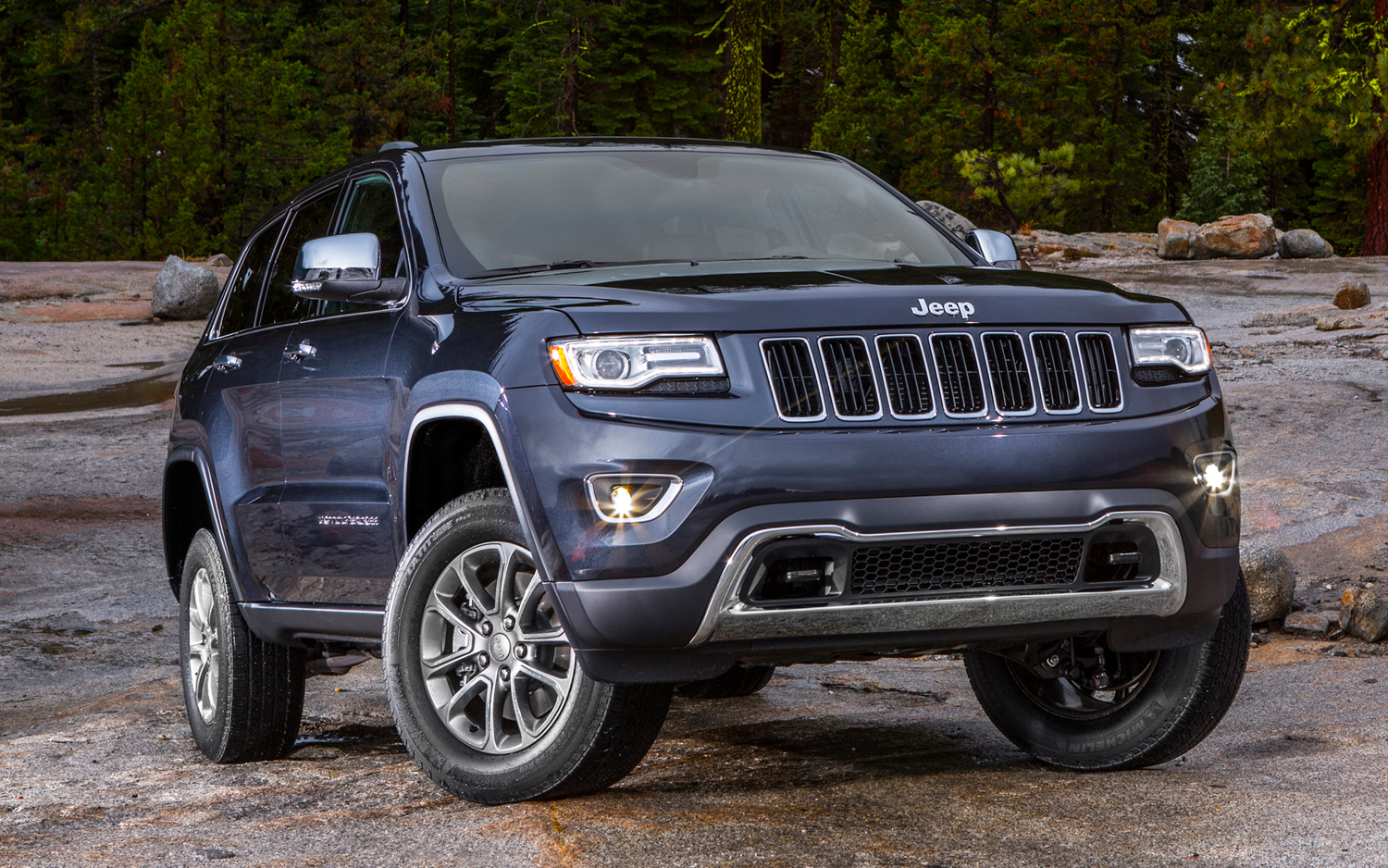 UPDATED: 2014 Jeep Grand Cherokee Gets Diesel Power And Eight Speed  Transmission