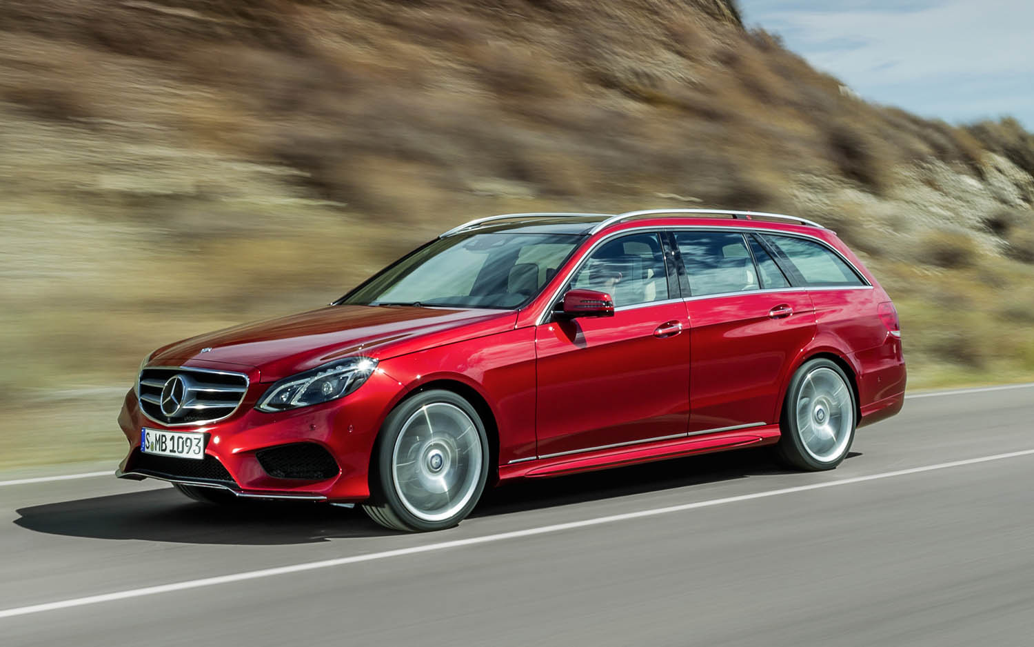Thread Of The Day: Three Row AWD Luxury Haulers   Mercedes Benz GL450 SUV  Or E350 Wagon?