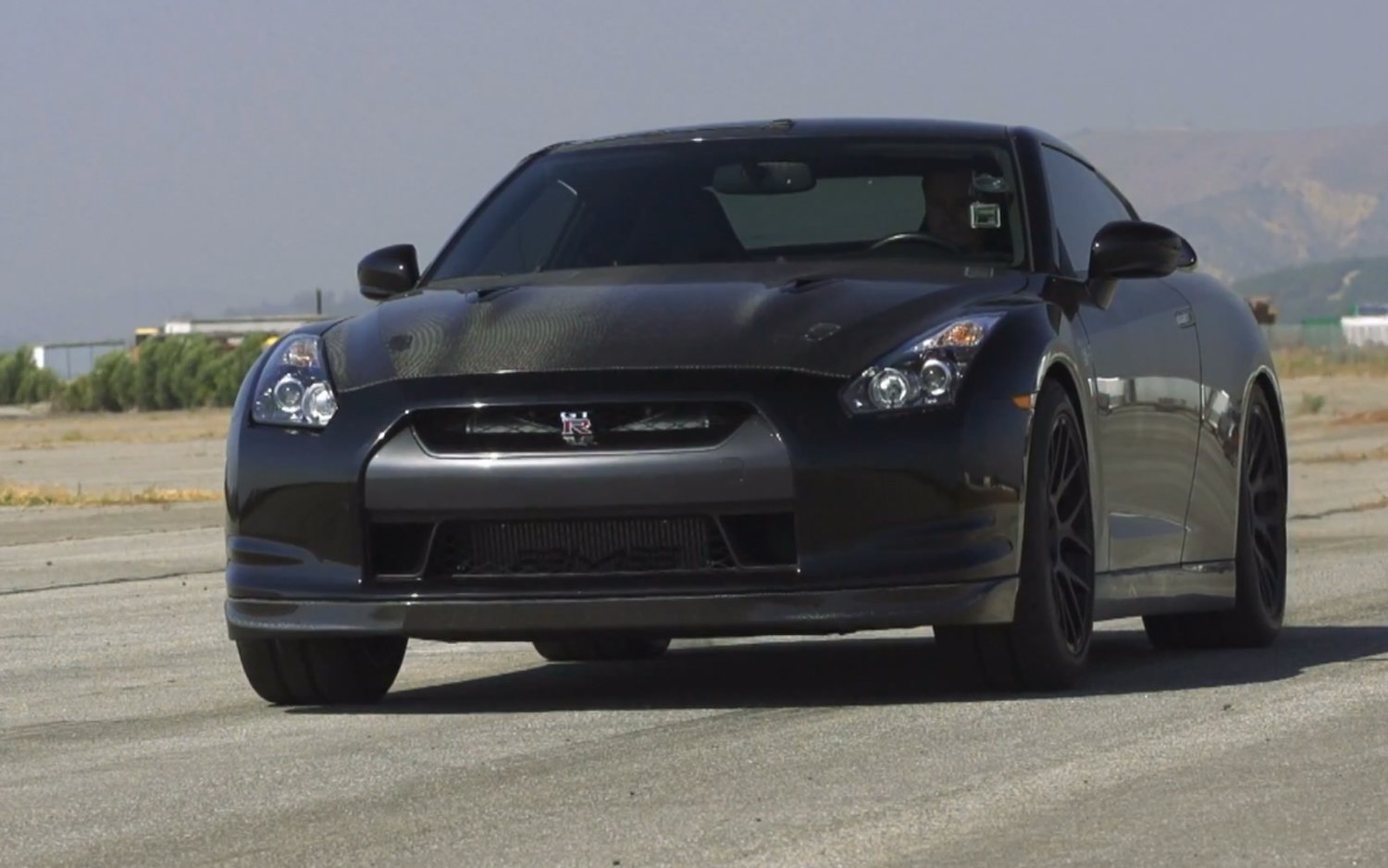 Greater Godzilla: Tuned Nissan GT R Chases Sub 10 Second Quarter Mile In  Ignition
