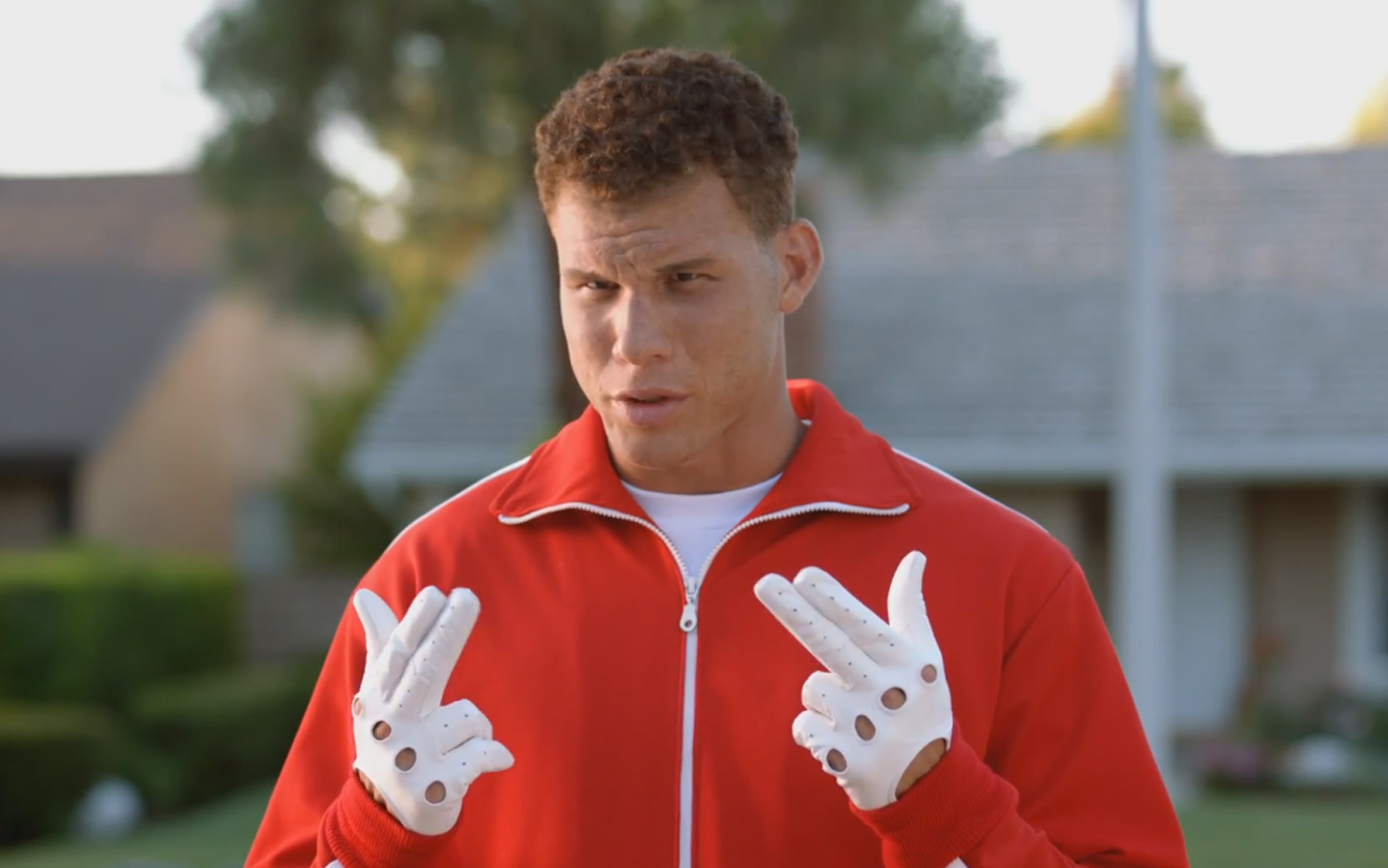 Blake Griffin Really Likes Sunblock, Kia Optima Turbo Paddle Shifters In  New Ads