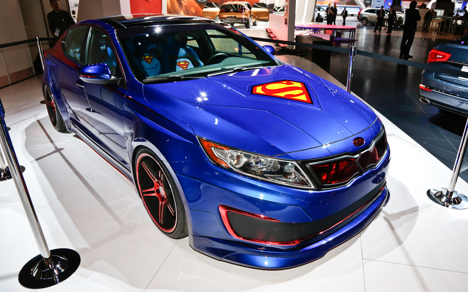 Superman Inspired Kia Optima Hybrid Unmasked In Chicago