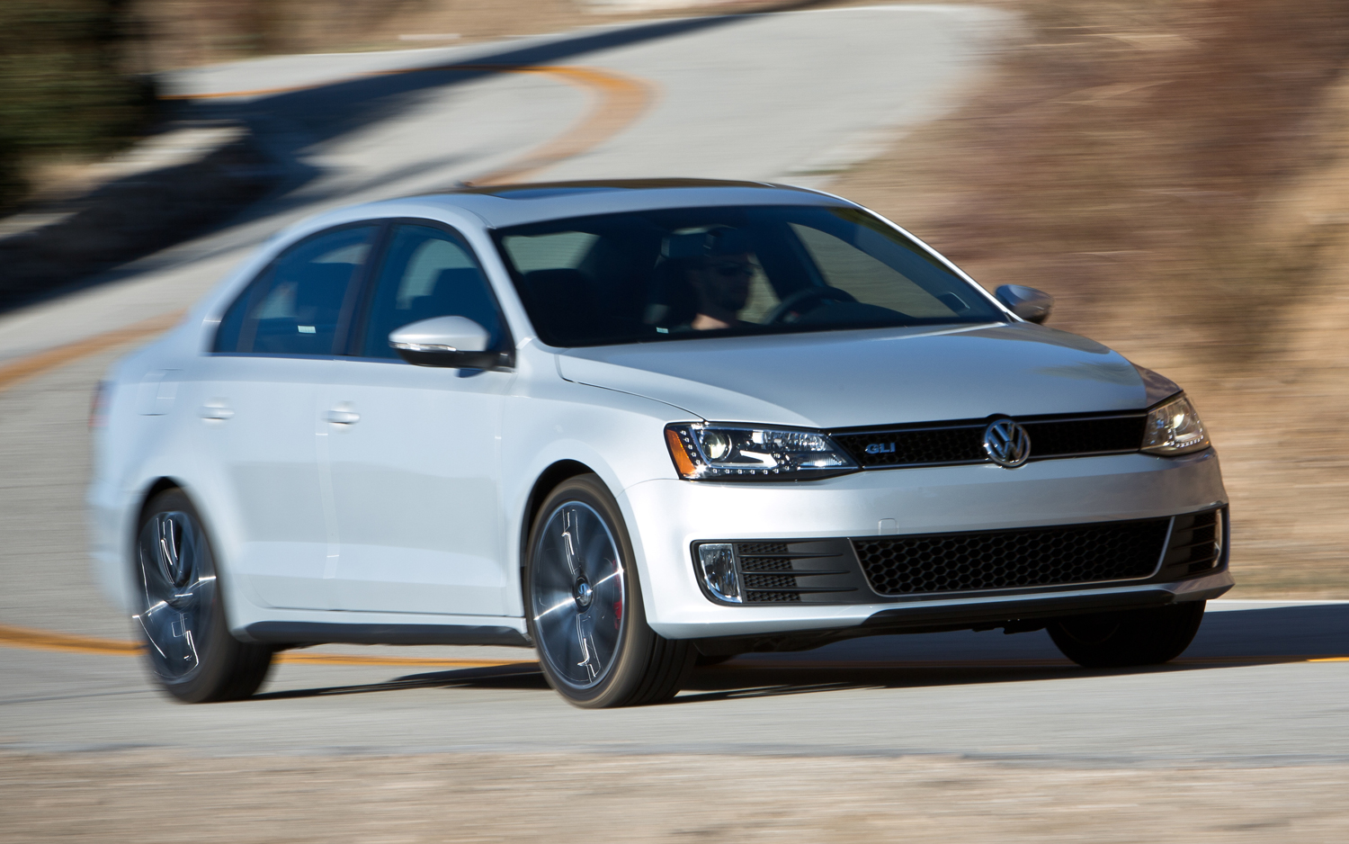 2013 volkswagen jetta gli arrival motor trend. Black Bedroom Furniture Sets. Home Design Ideas