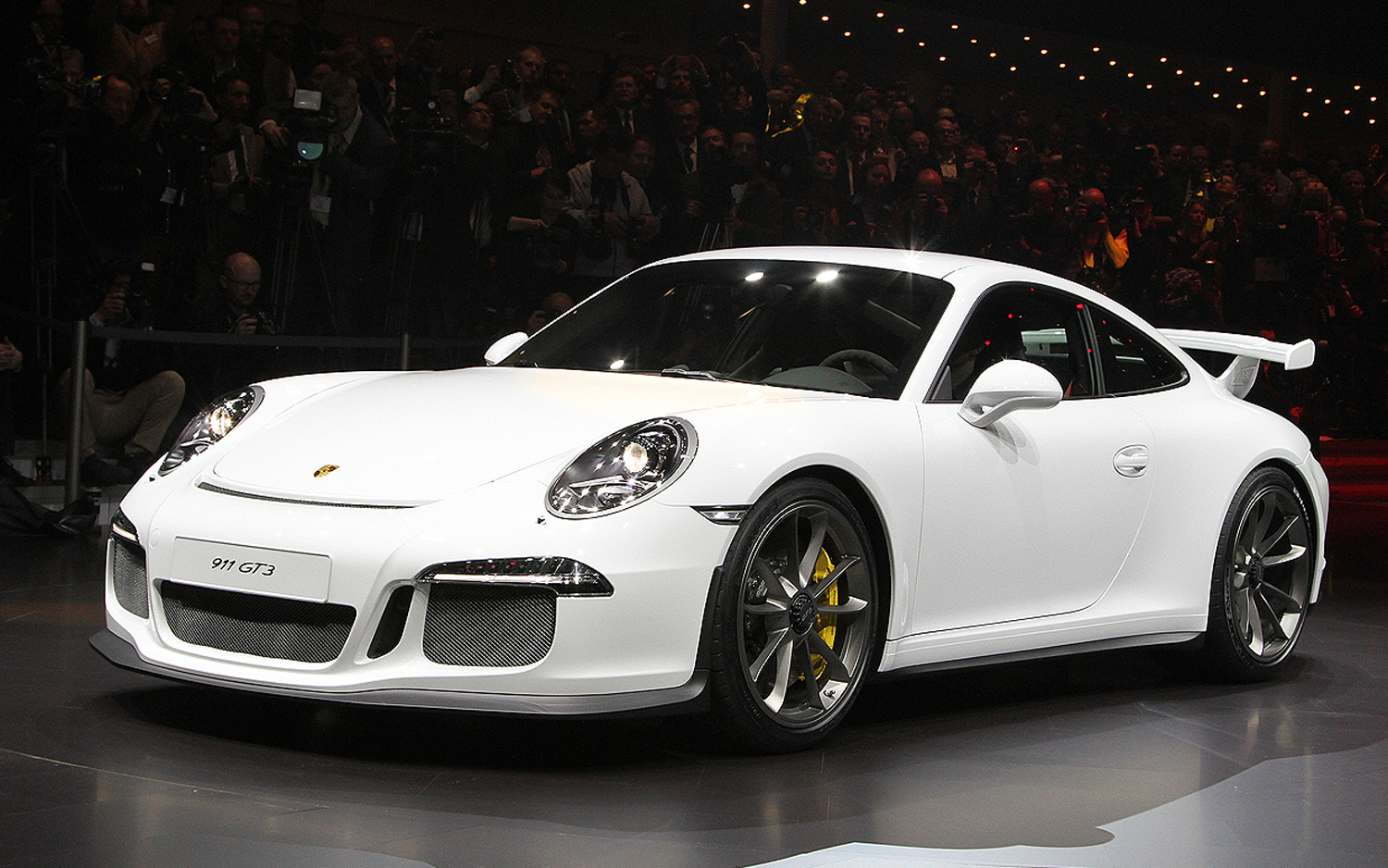 2014 Porsche 911 Gt3 First Look Motortrend