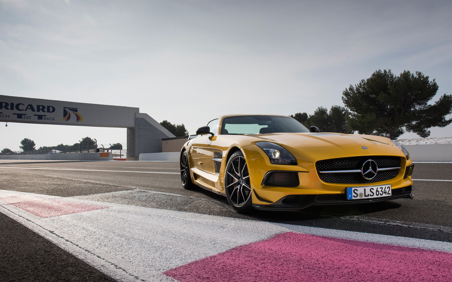 2014 Mercedes-Benz SLS AMG Black Series First Drive