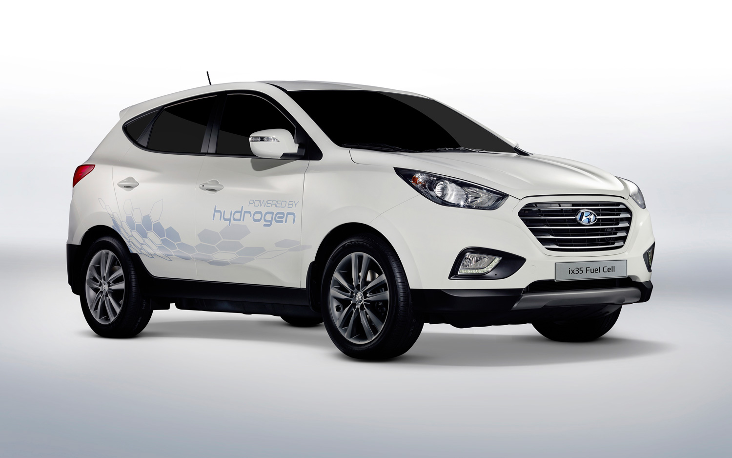 Report Hyundai Plans Nationwide Sales Of Fuel Cell Tucson In 2015