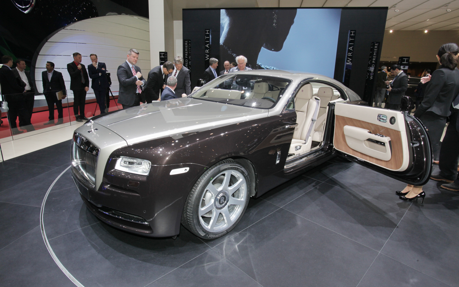 Rolls Royce Wraith First Look Motortrend