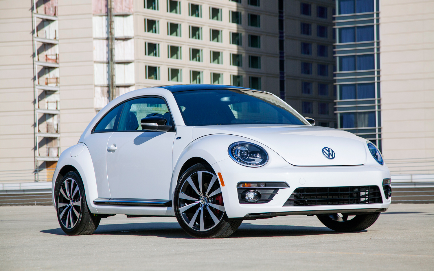 2013 Volkswagen Beetle R Line Coupe Priced At 30 930 Motortrend