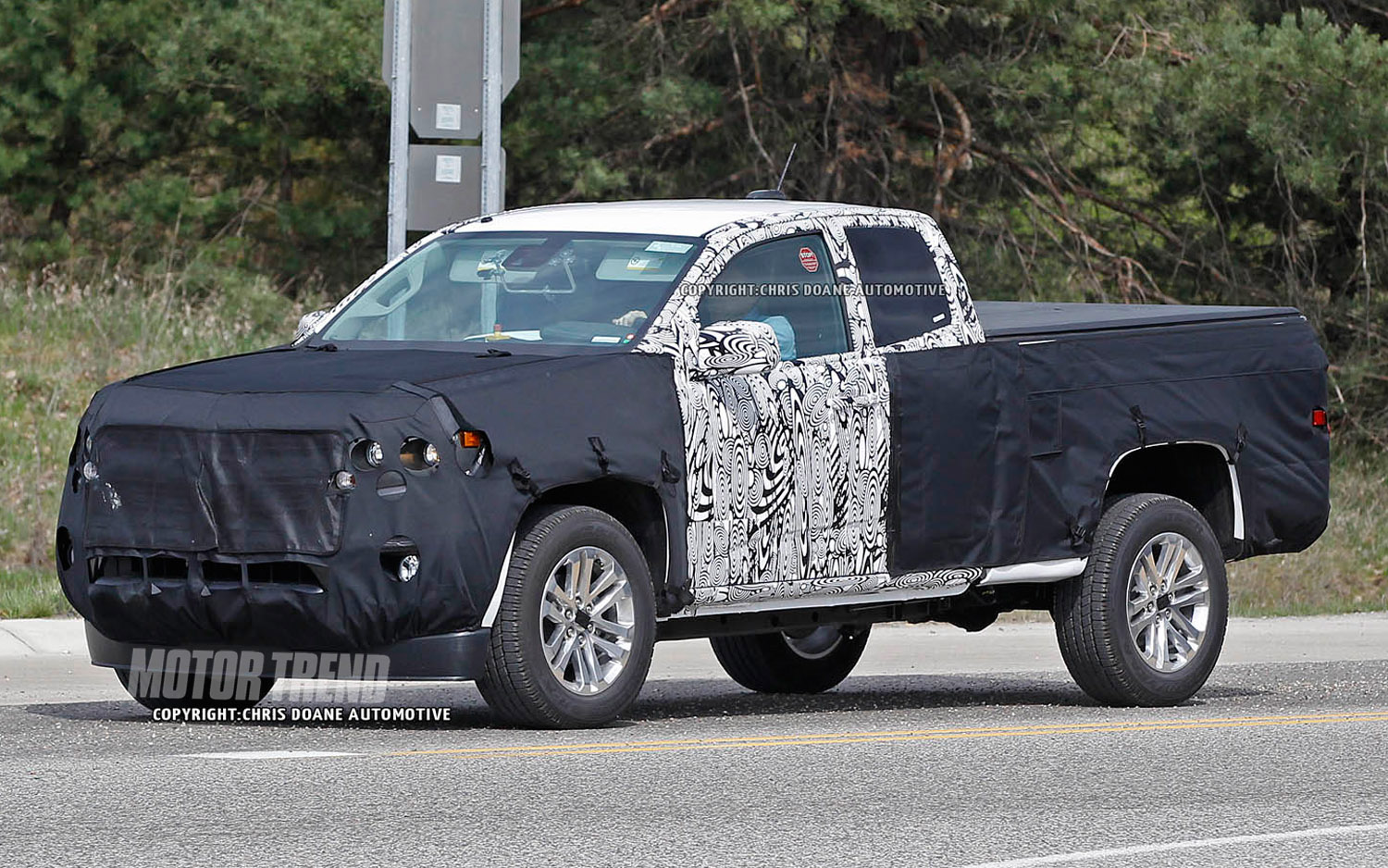 Spotted: Next Gen Chevrolet Colorado Extended Cab