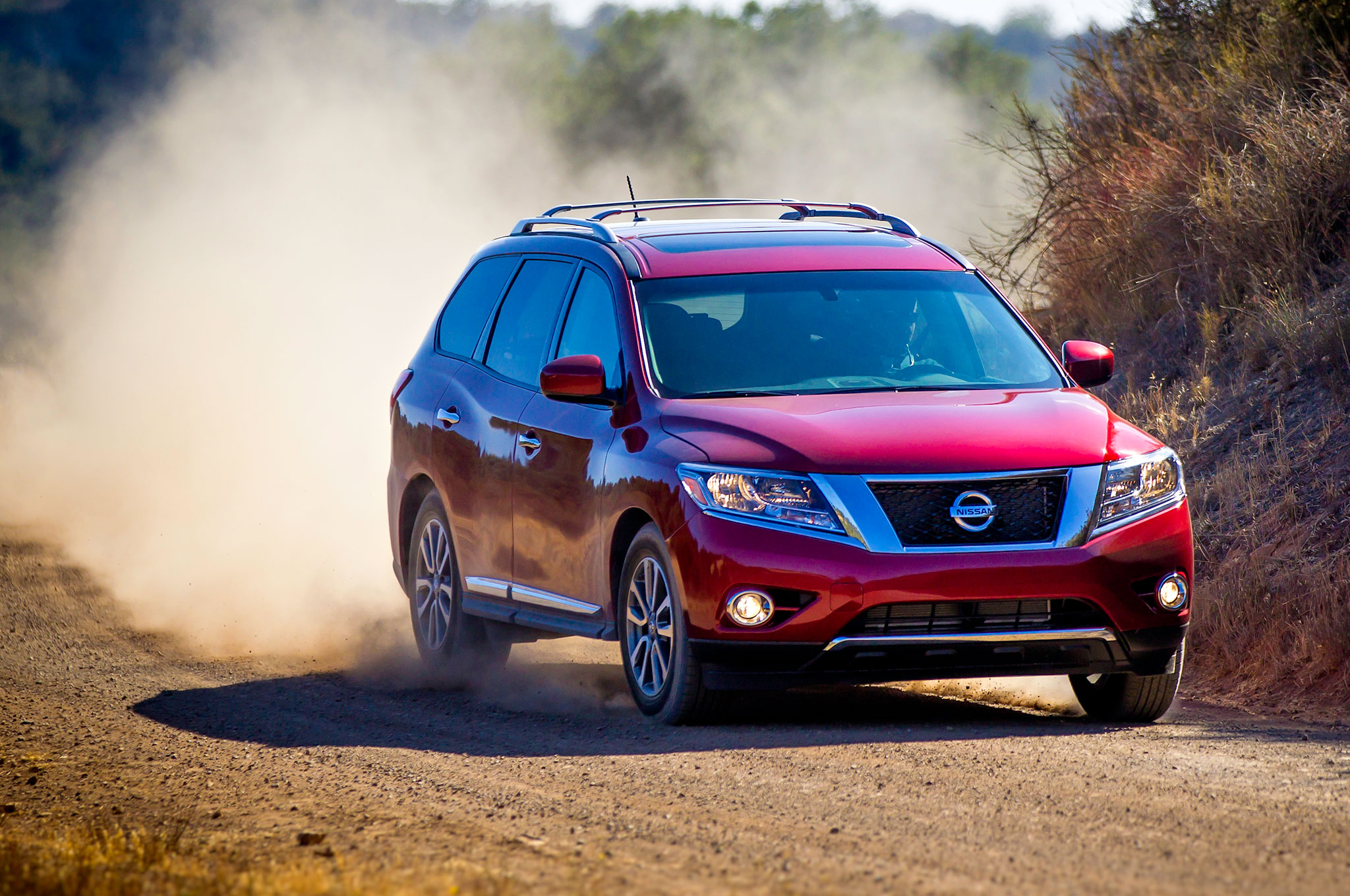 2014 Nissan Pathfinder Priced At $29,545, Nav Now Offered On SL