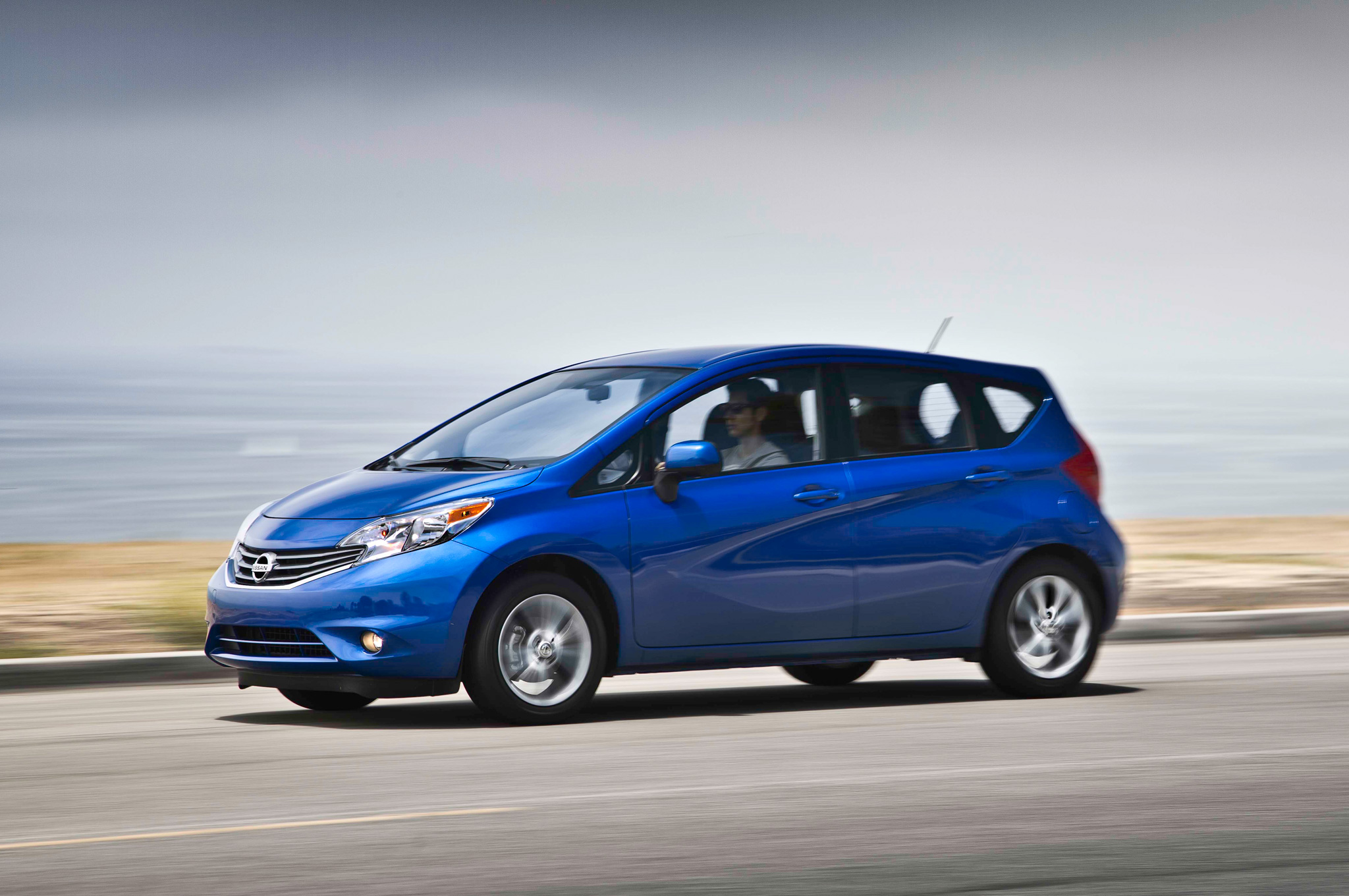 Nice 2014 Nissan Versa Note SV With SL Tech Package First Test