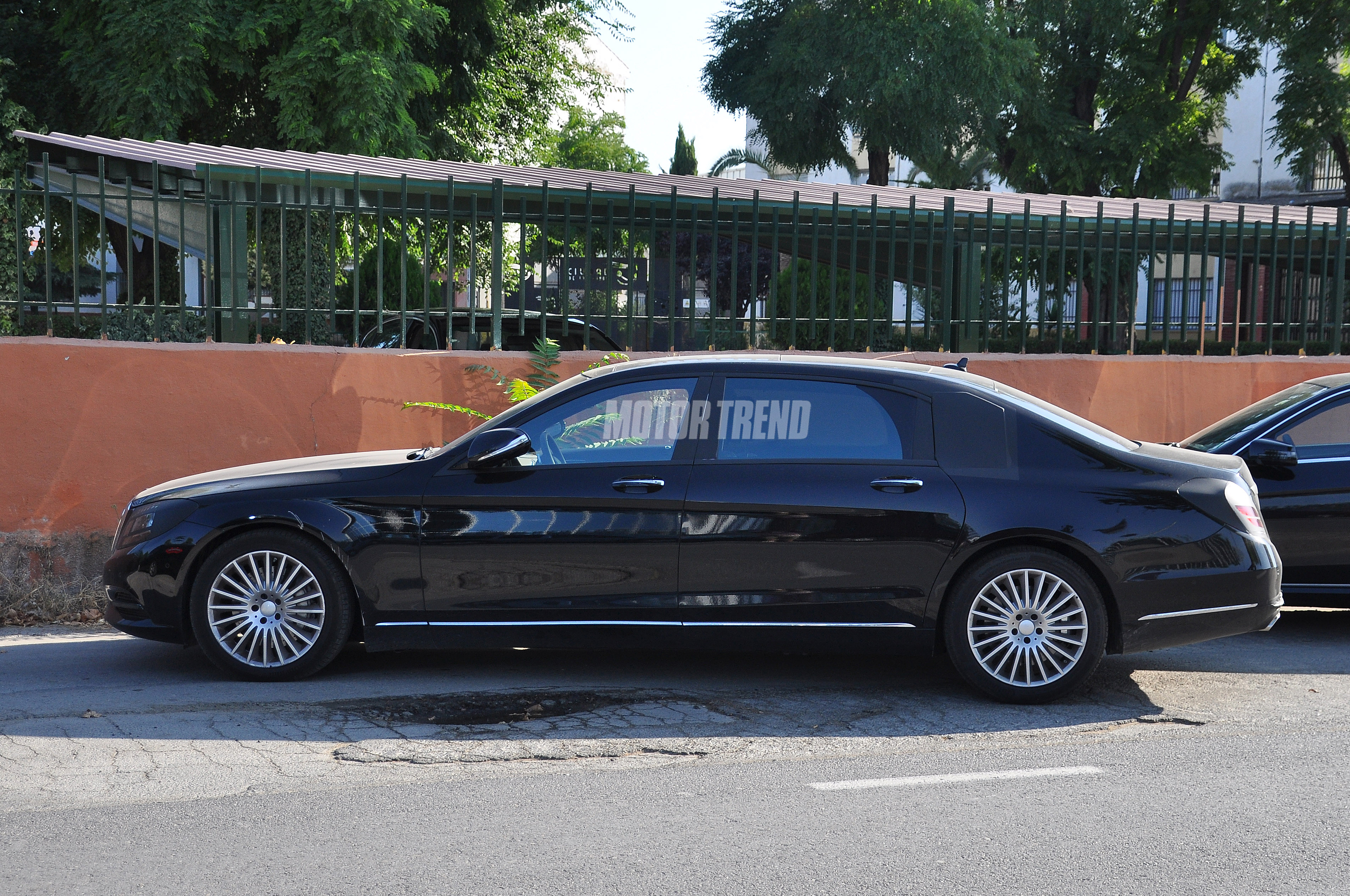 2015 mercedes-benz s-class extra-long wheelbase spotted testing