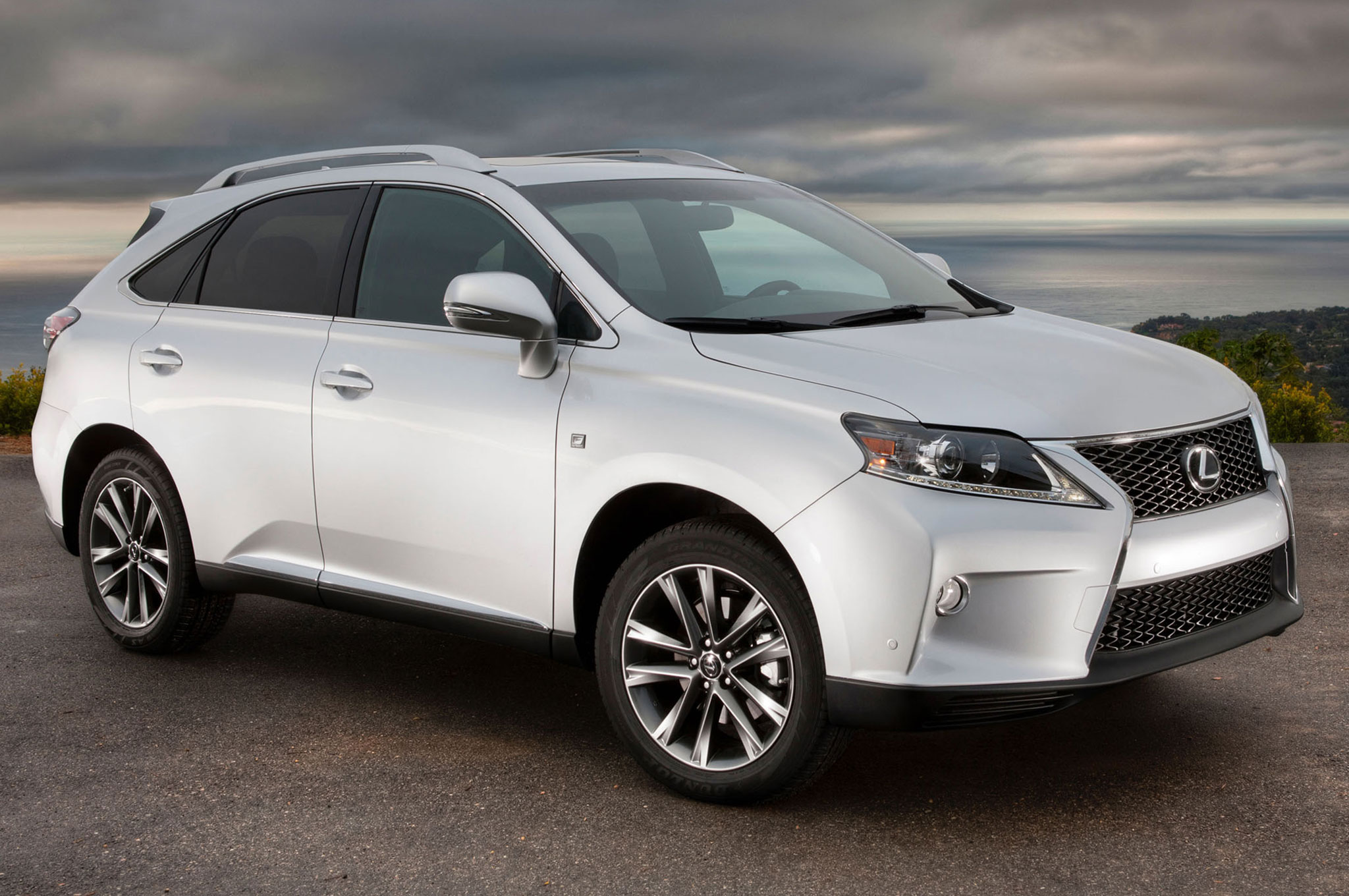 Updated 2014 Lexus RX350 Priced at $40 670 RX450h at $47 320