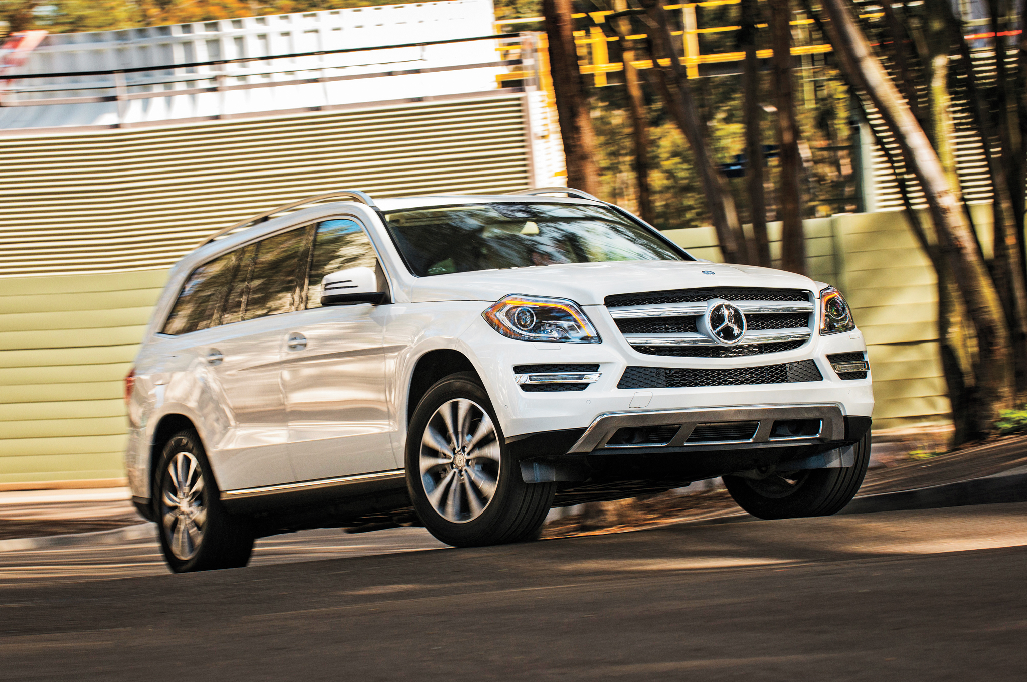 2013 mercedes benz gl350 bluetec 4matic arrival motor trend. Black Bedroom Furniture Sets. Home Design Ideas