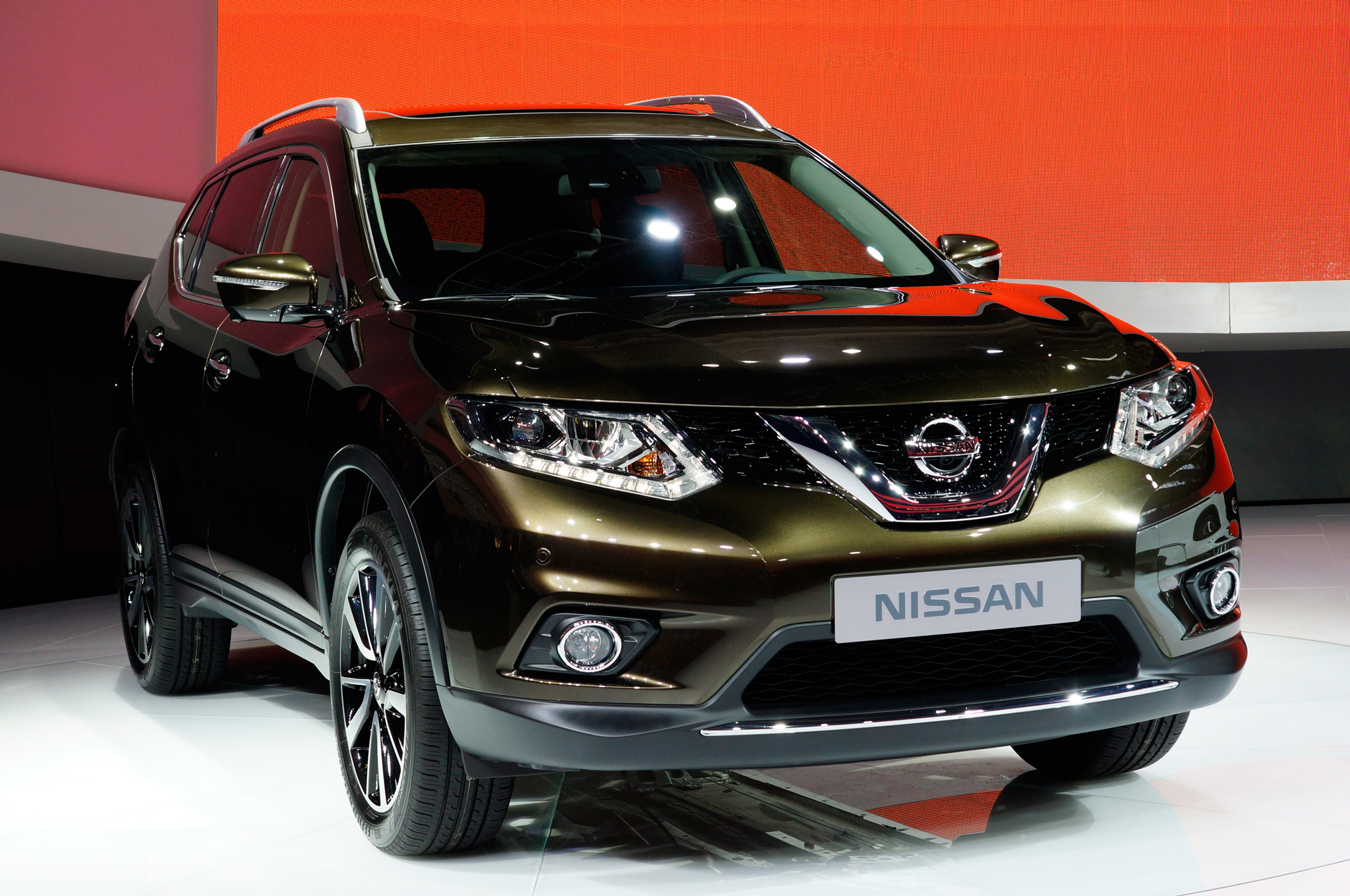 2014 Nissan Rogue To Offer Third Row Seats, Priced At $23,350