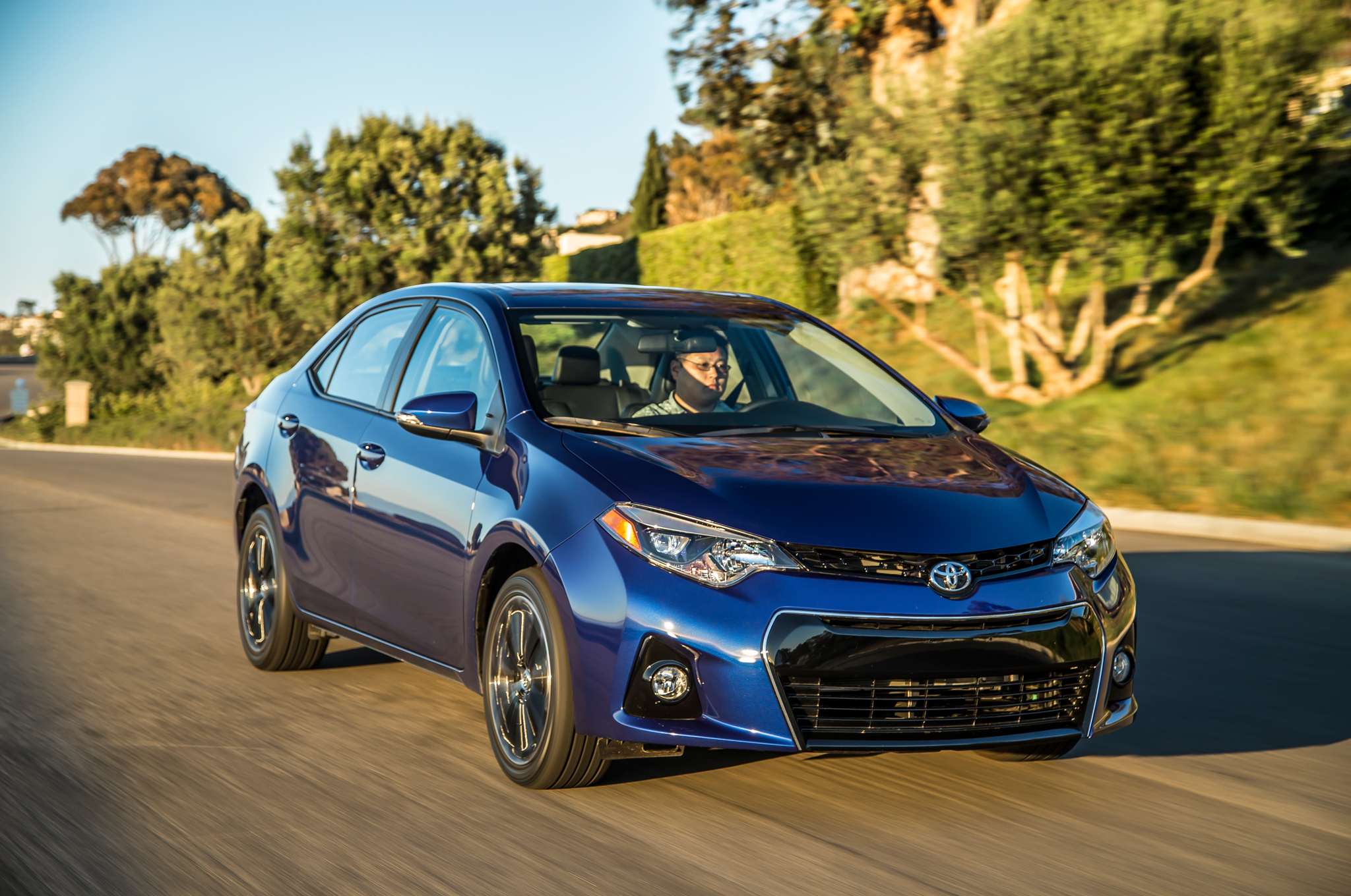 2014 Toyota Corolla S First Test Motor Trend Motortrend
