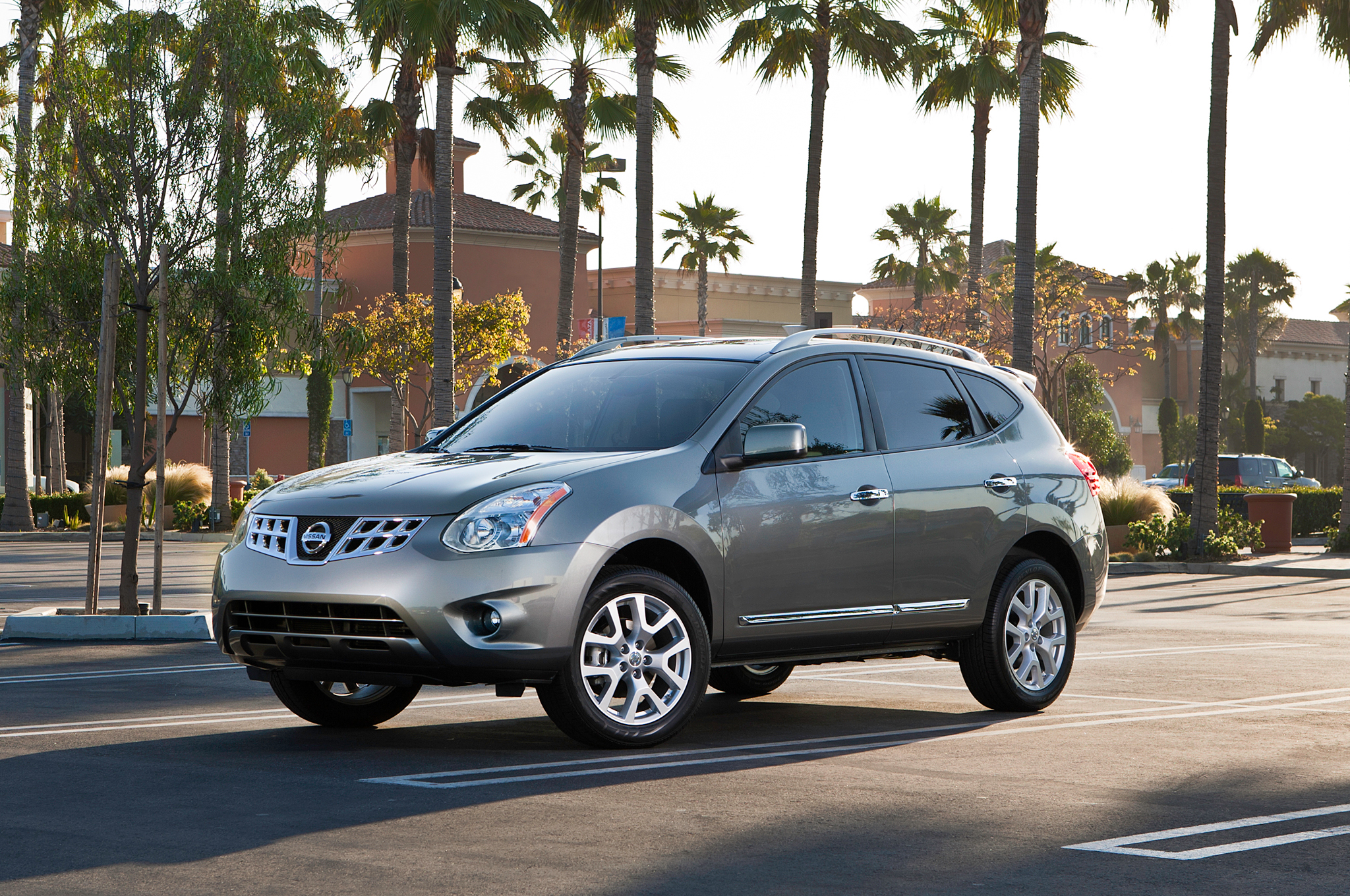 Current Rogue To Live as 2014 Nissan Rogue Select Motor Trend