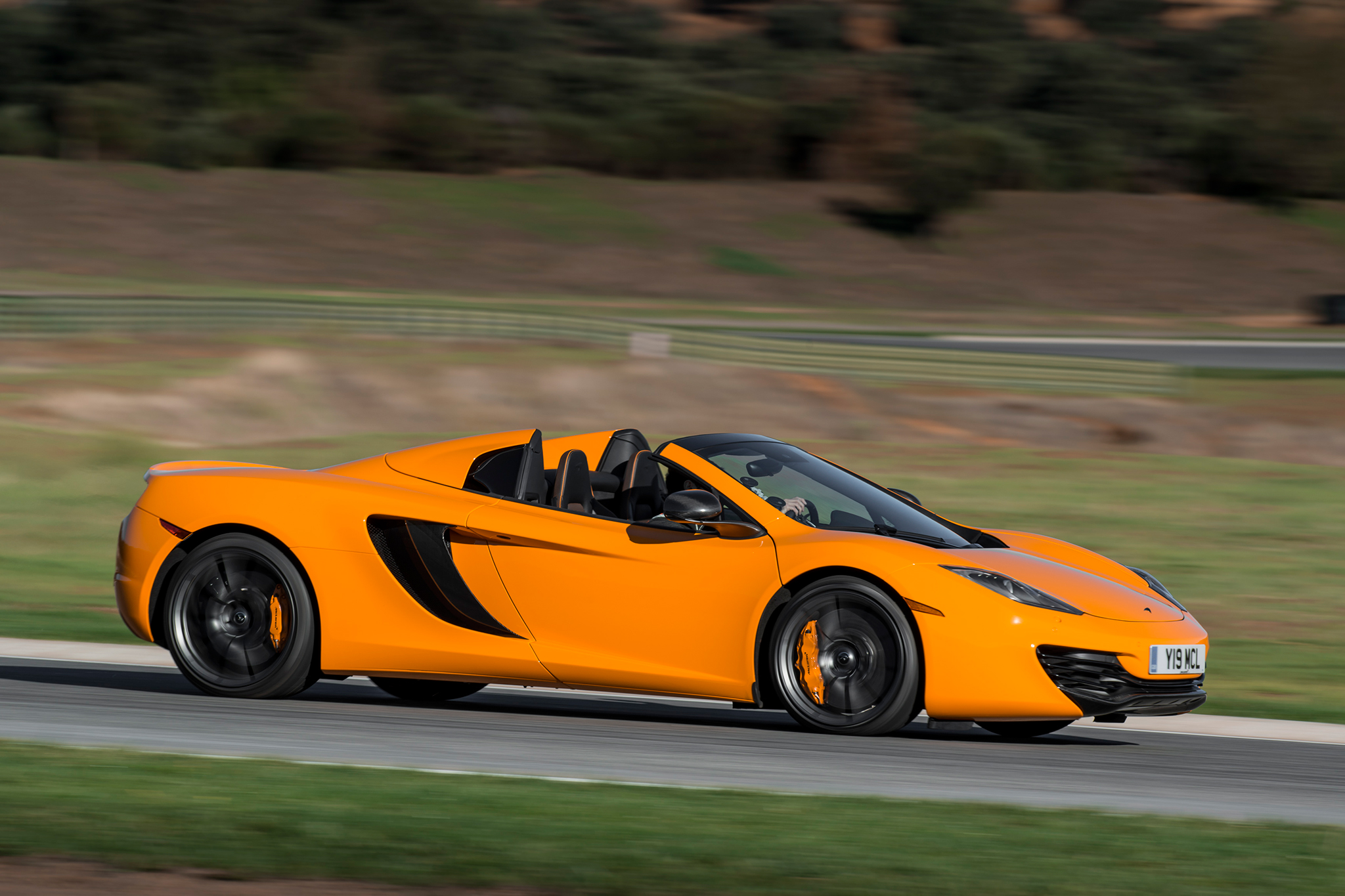 2013 McLaren 12C Spider: Circuit Surgeon