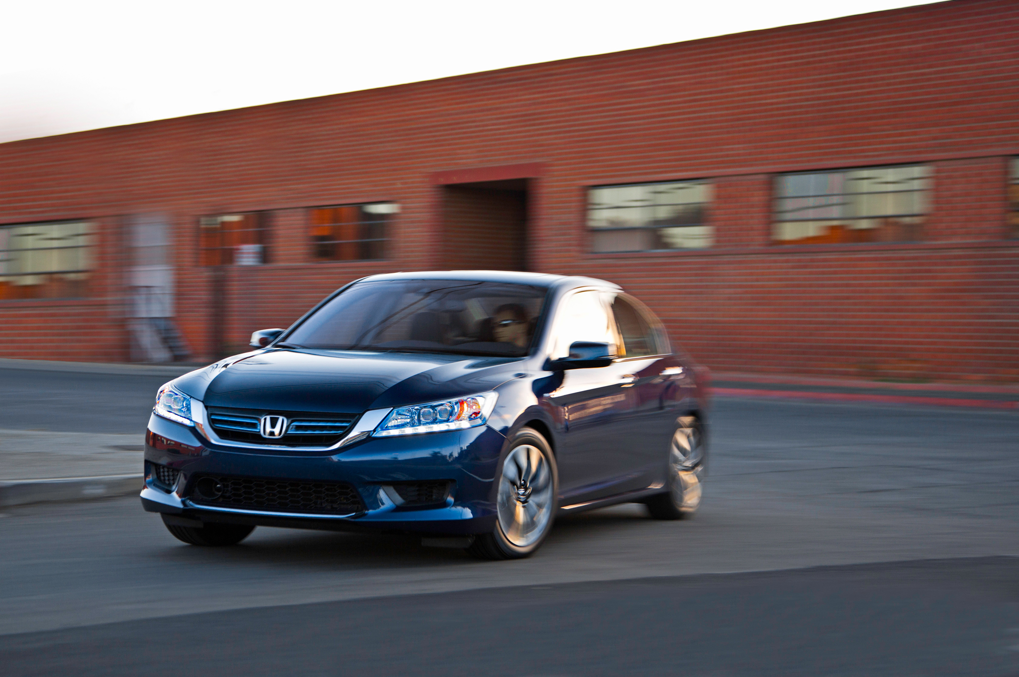 Honda Accord Plugin Hybrid 2014 Photo 86489 Pictures At High Resolution
