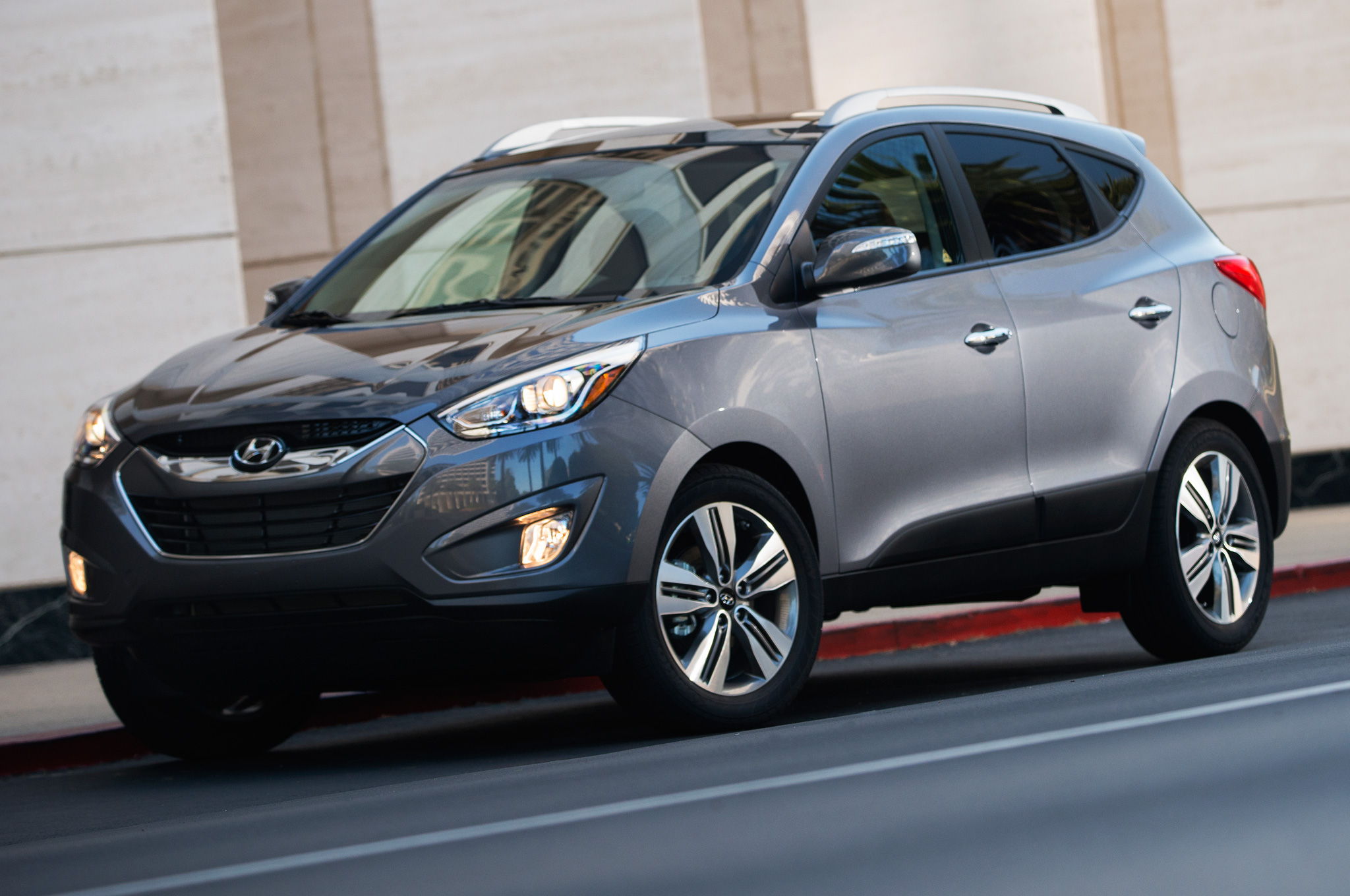 Updated 2014 Hyundai Tucson Offers Revised Engines, New Features