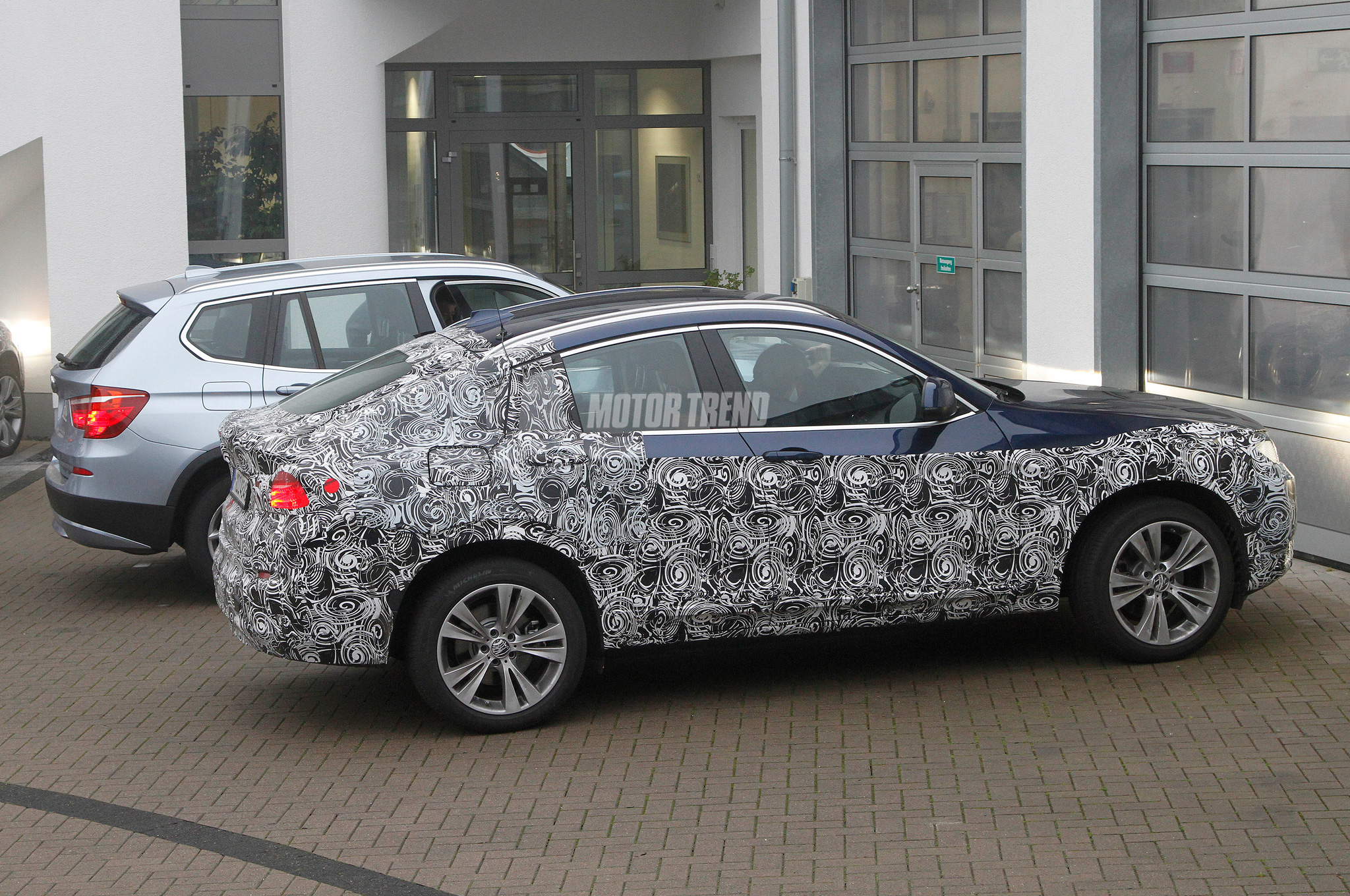 2015 BMW X4 Spied Testing With X3 Interior Partially Revealed
