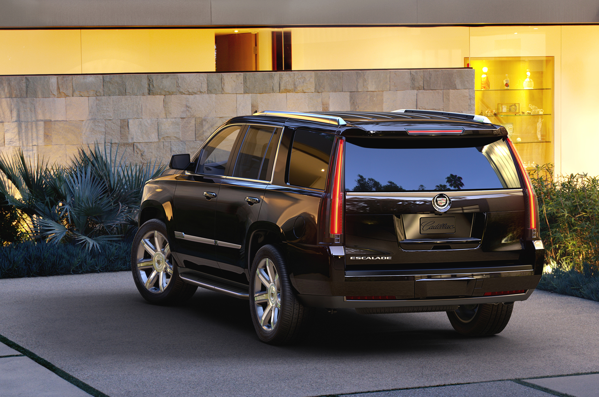 Cadillac S Large Crossover Could Wear Escalade Badges Motor Trend