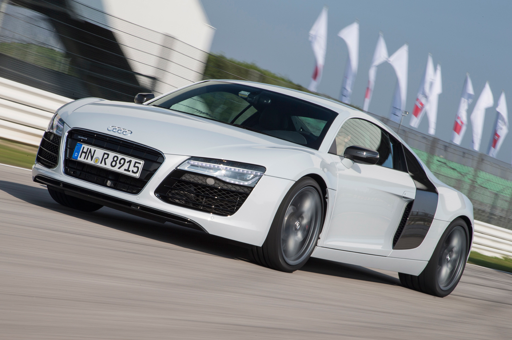 Audi Says Next-Gen R8 will be up to 130 Pounds Lighter - 2013 L.A.