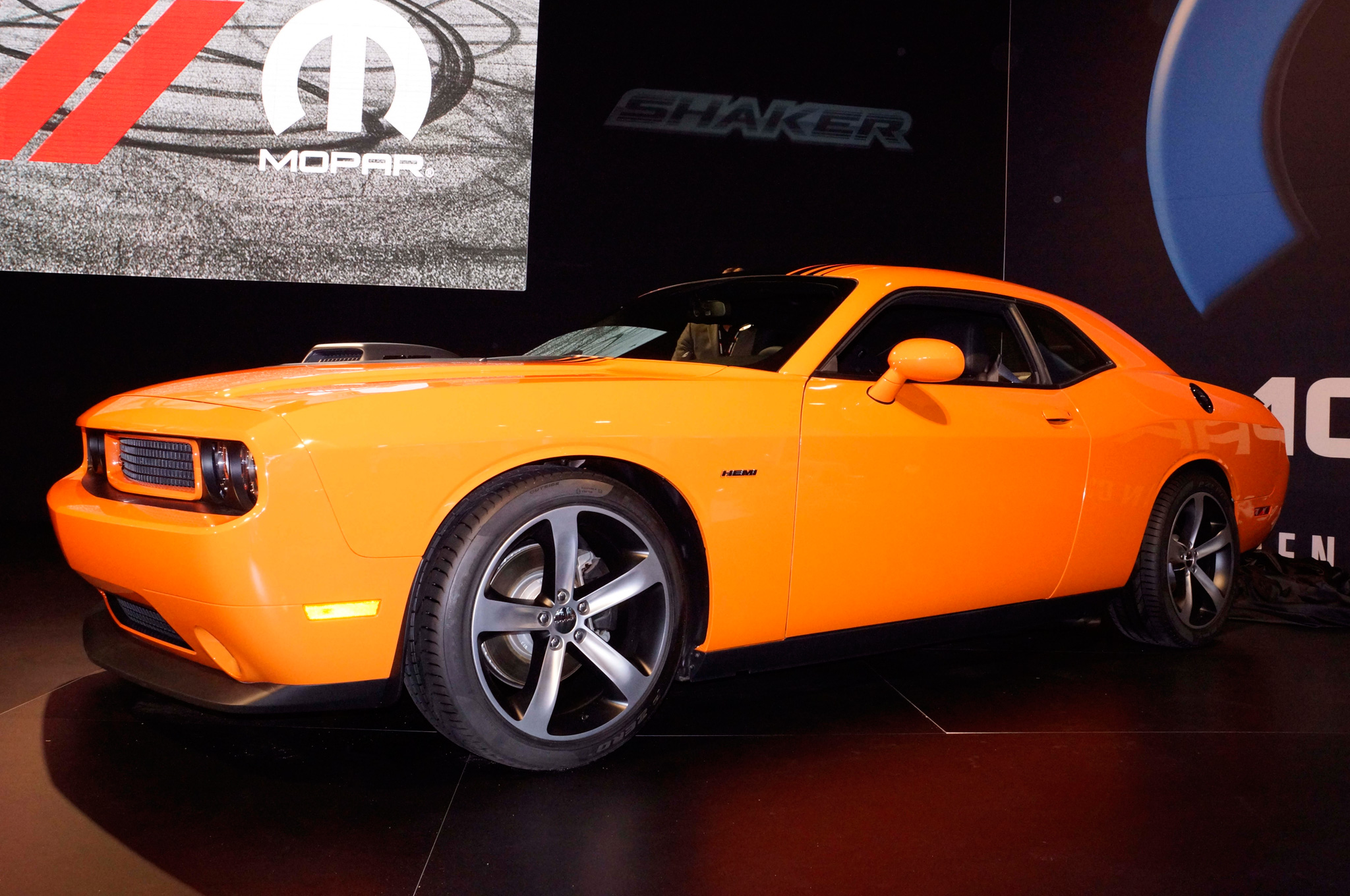2014 Dodge Challenger Debuts Shaker Hood, Scat Packages at 2013 SEMA Show
