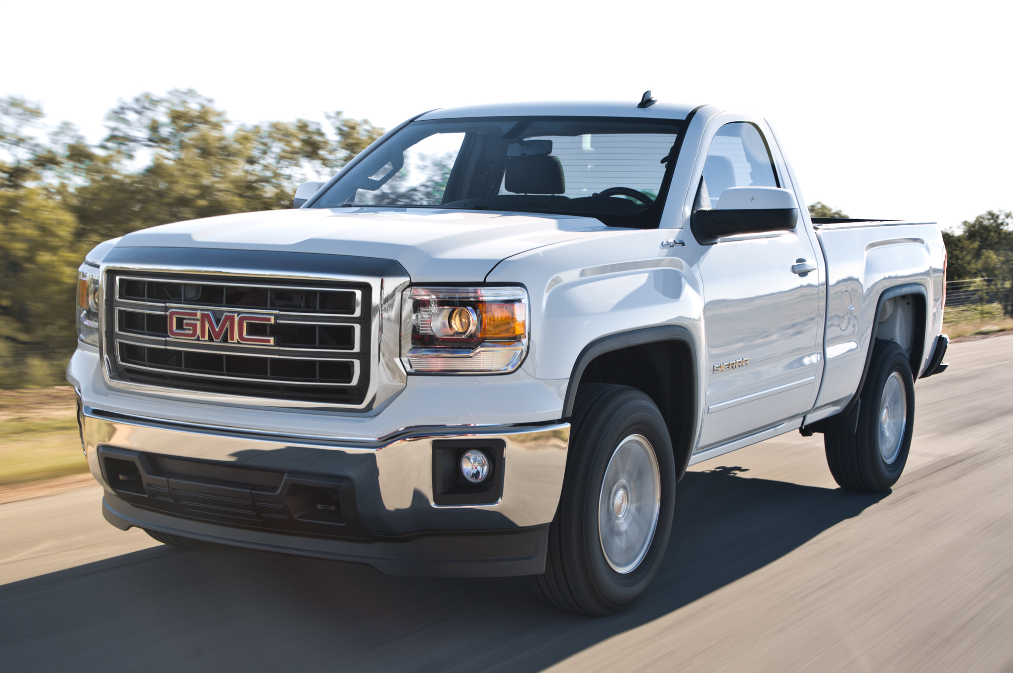 2014 gmc sierra regular cab first test motortrend. Black Bedroom Furniture Sets. Home Design Ideas