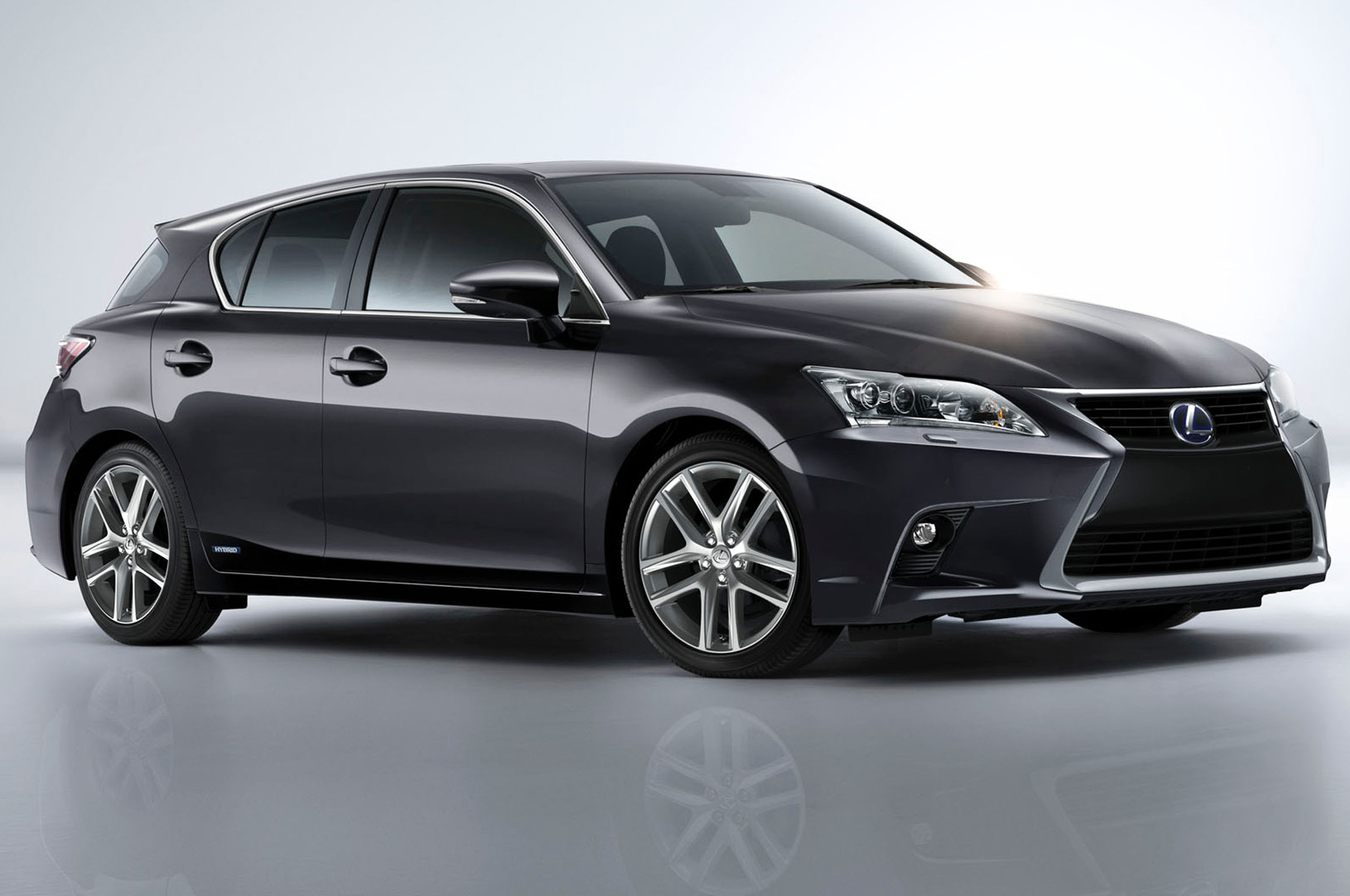Elegant Refreshed 2014 Lexus CT 200h Priced At $32,960