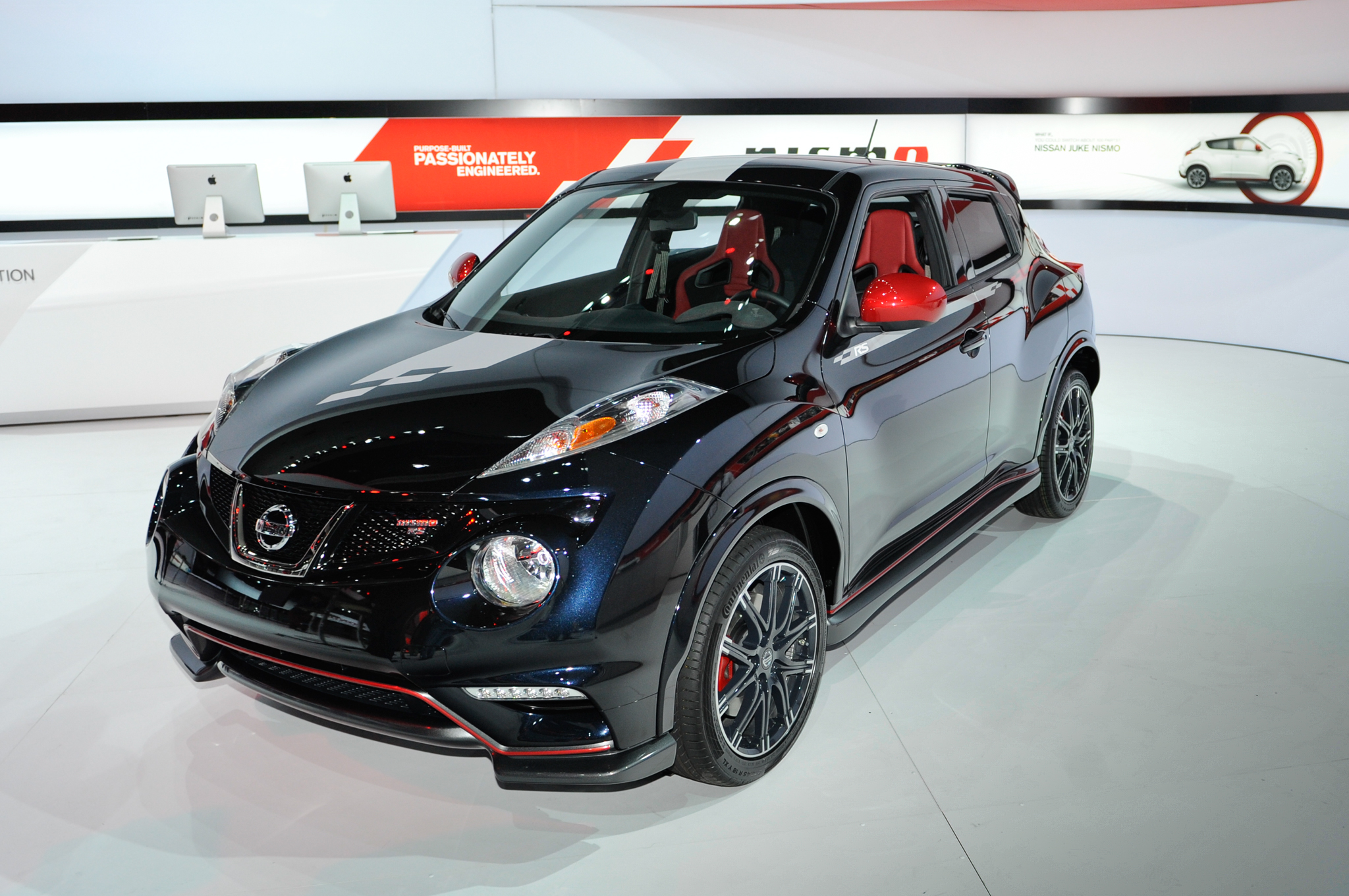 Nissan Juke Nismo Rs Debuts In L A Boasts Up To 215 Hp Motor Trend