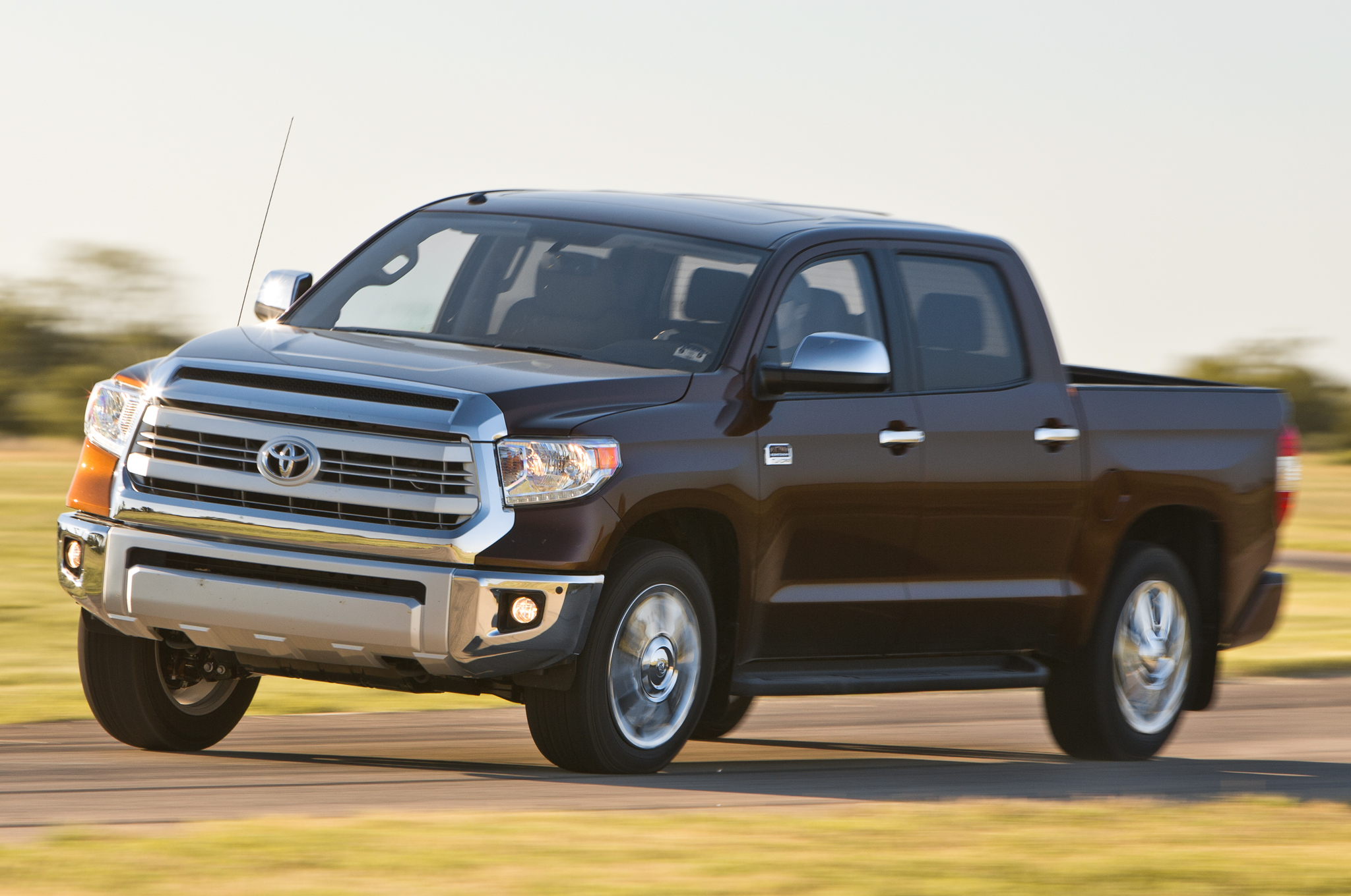 2014 Motor Trend Truck of the Year Contender Toyota Tundra Motor