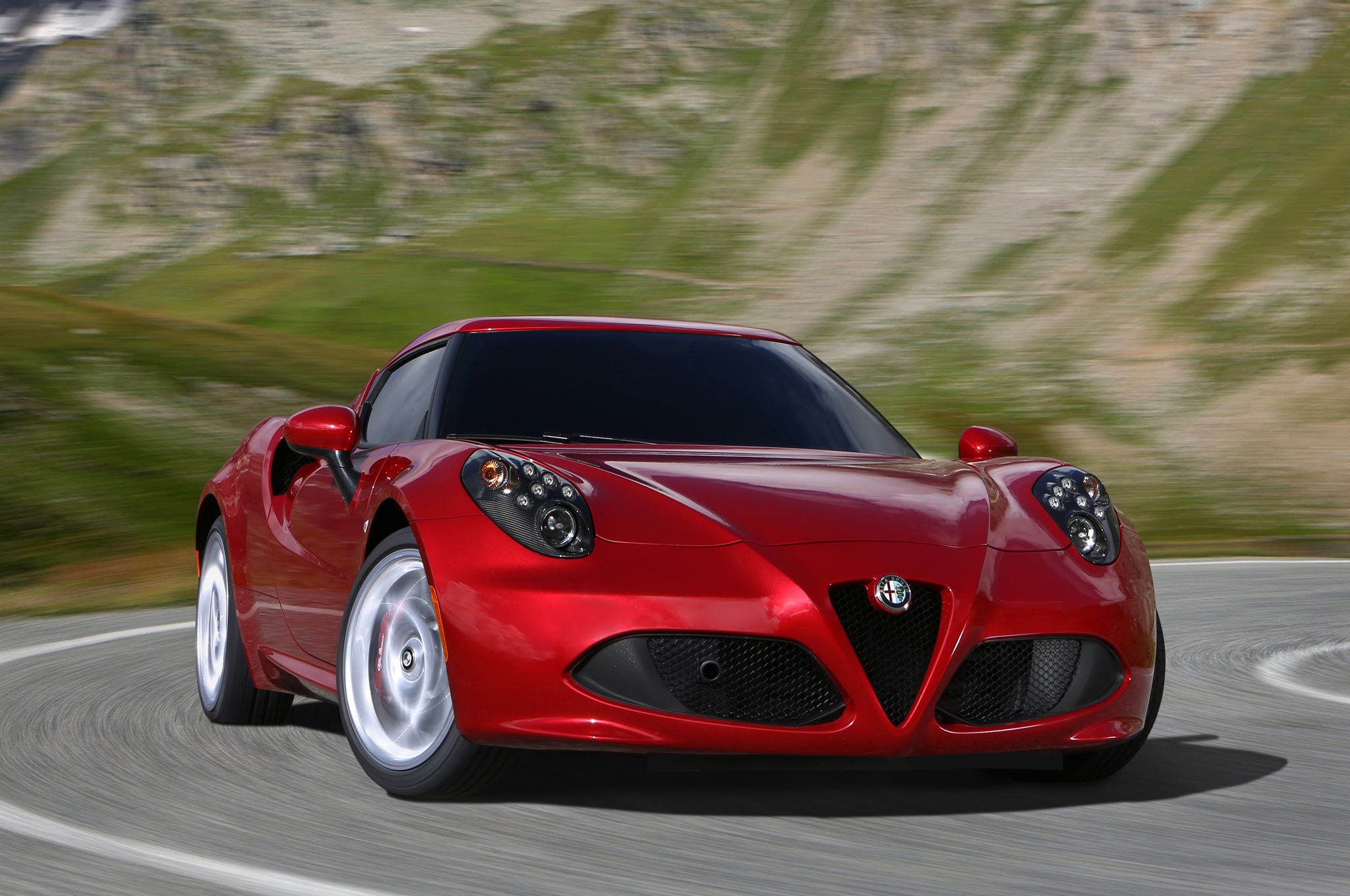 Marvelous Alfa Romeo 4C Could Be Sold At Fiat Dealers, Says Marchionne