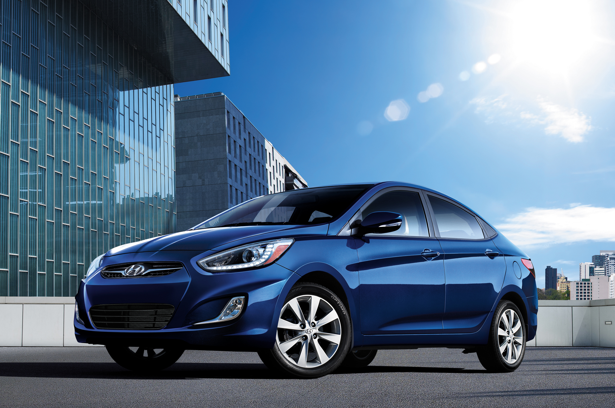 2014 Hyundai Accent Gets Detail Changes Motortrend