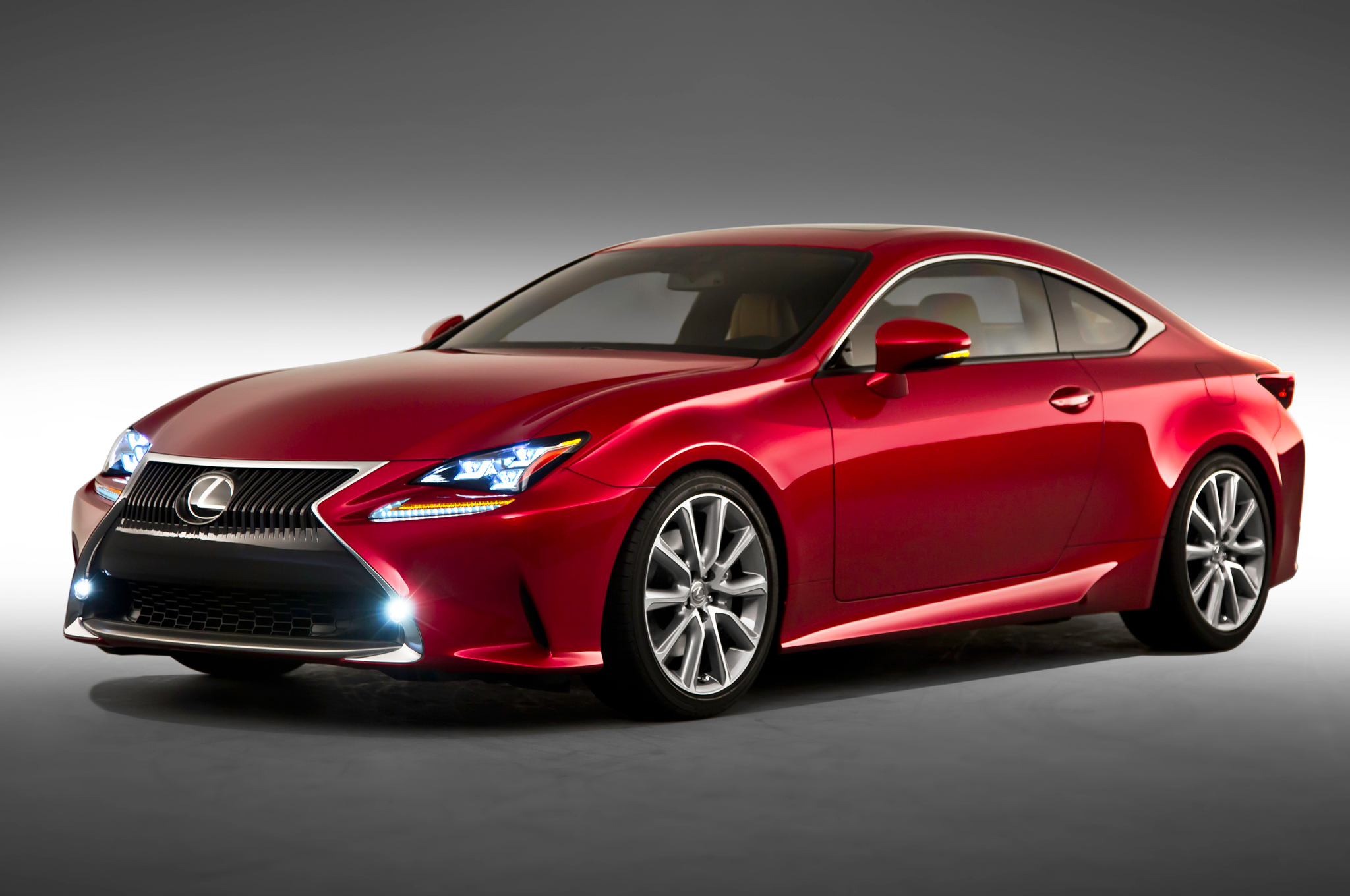 Styling Size-Up: 2015 Lexus RC