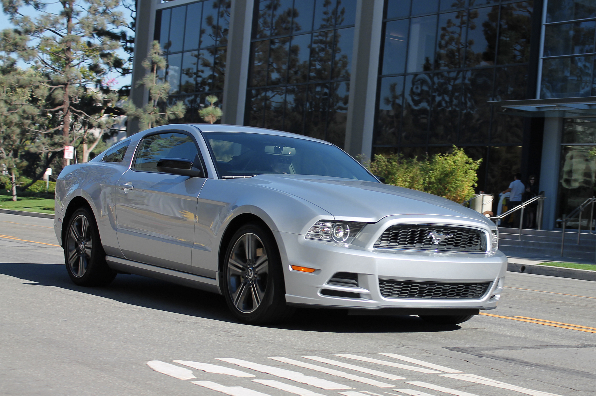 2014 ford mustang v6 hp