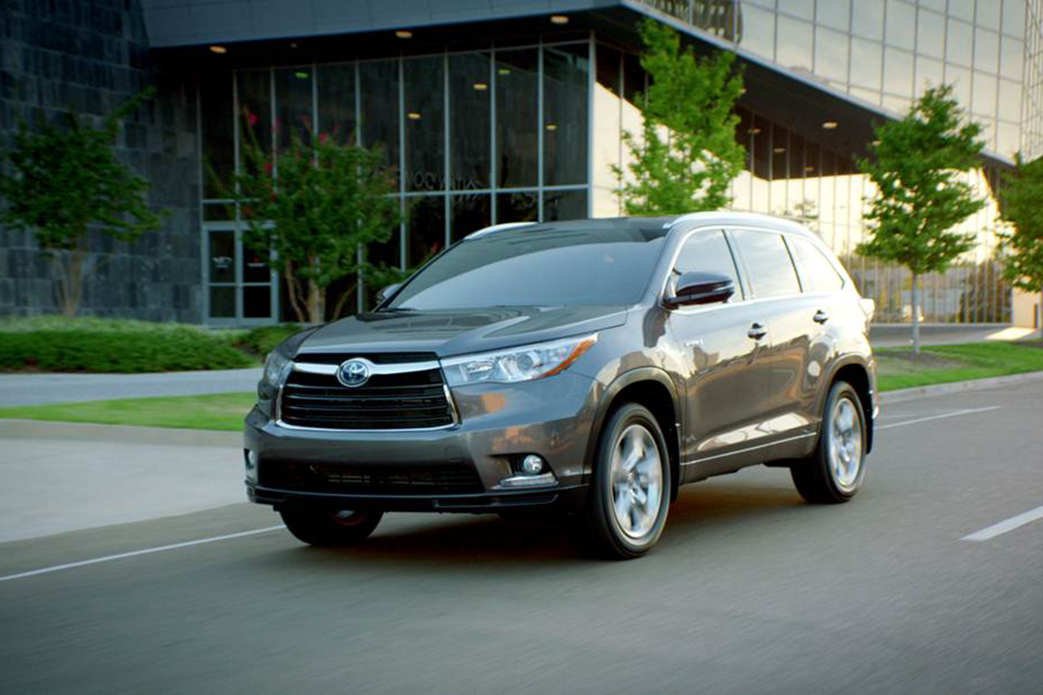 2014 Toyota Highlander First Drive