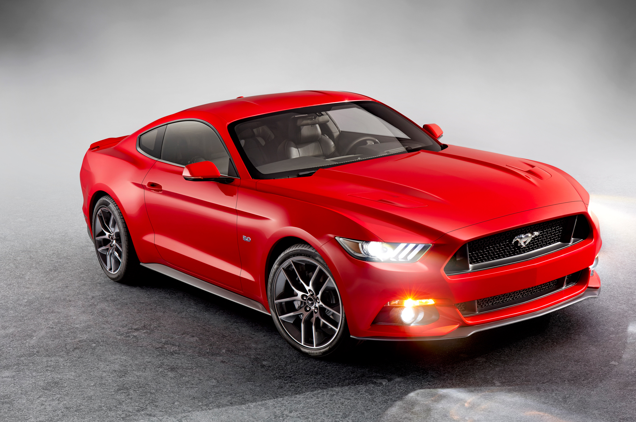 Winning barrett jackson bidder to get first retail 2015 ford mustang coupe