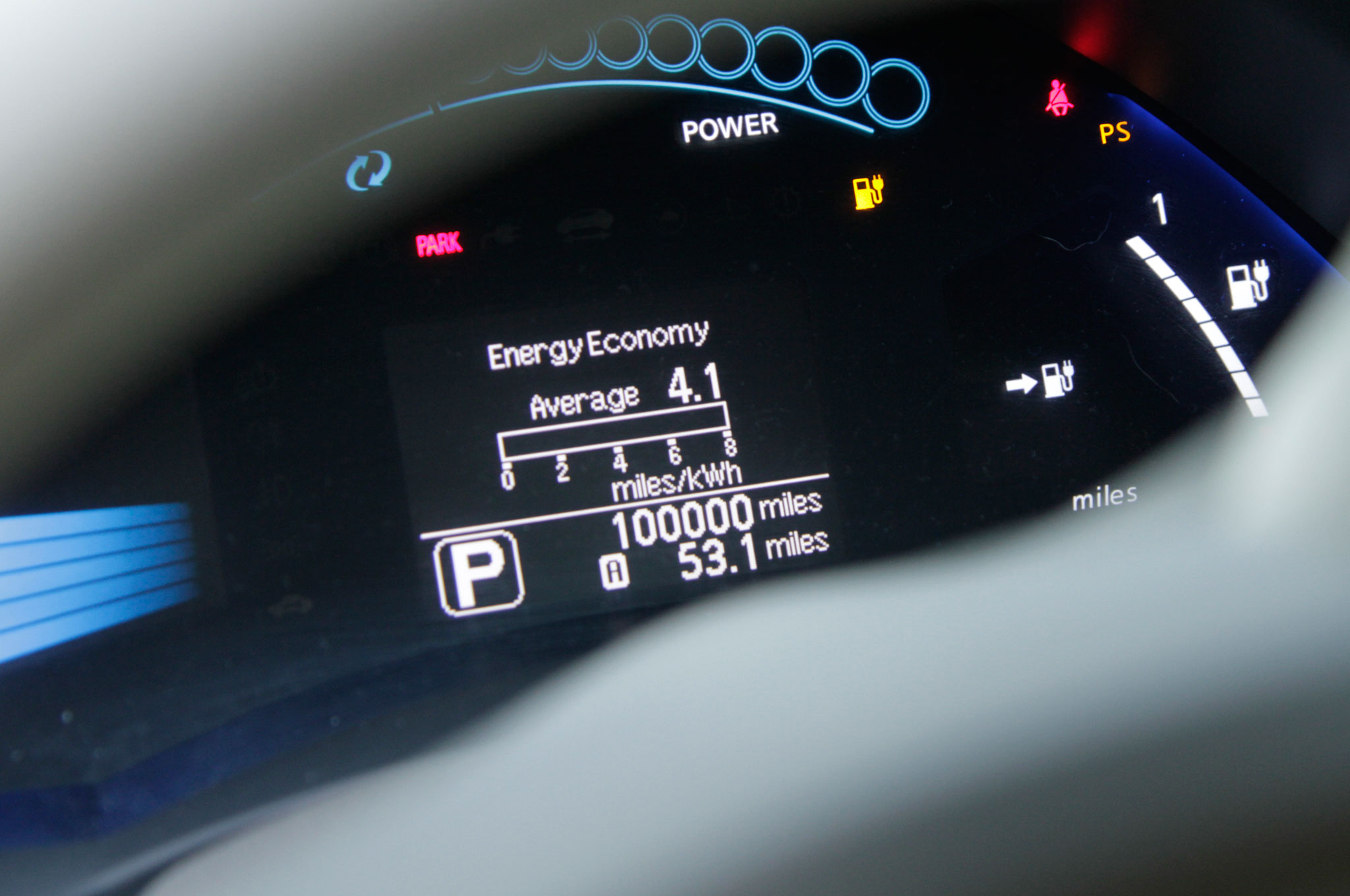 Nissan Leaf Owner Hits 100,000 Miles in Less than Three Years