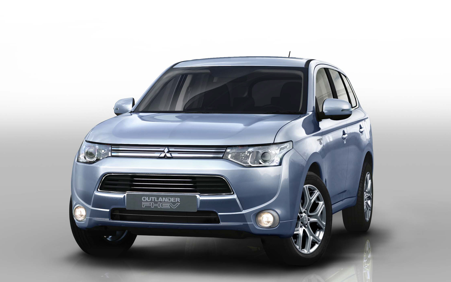 Mitsubishi Outlander Phev Delayed Due To Battery Supply Issues