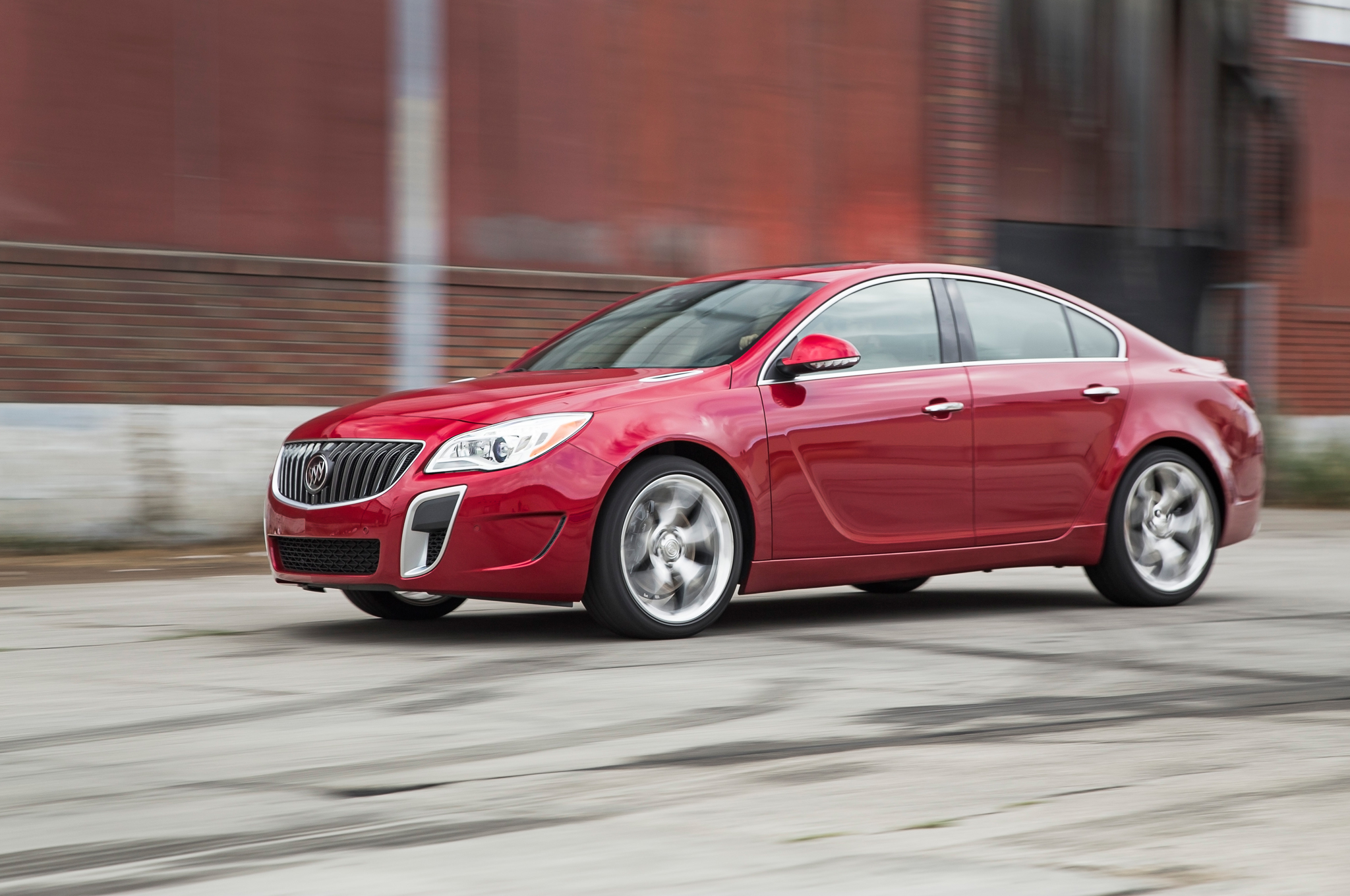 2014 Buick Regal Gs Awd First Test Motor Trend