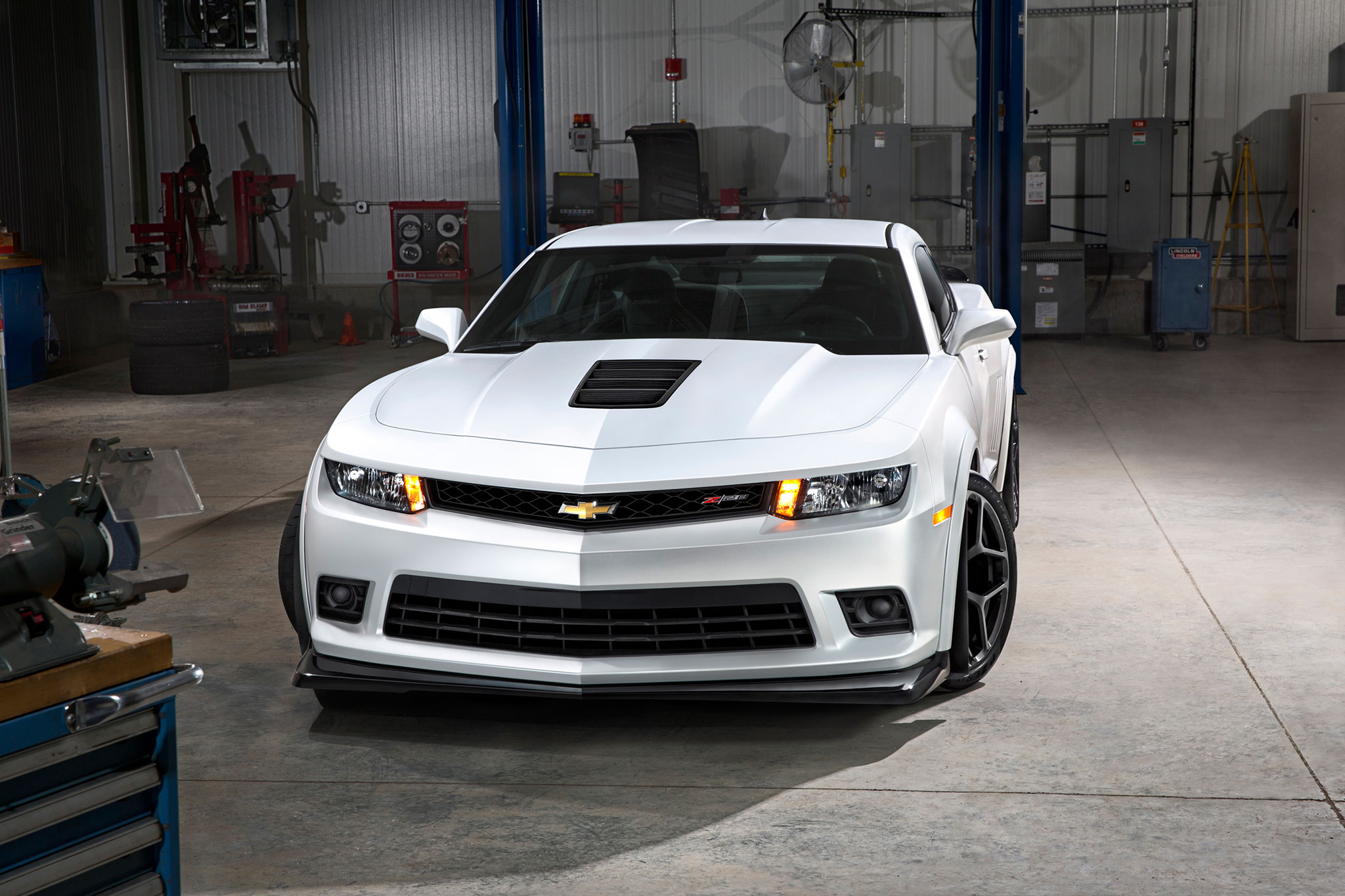 TOTD: Is the 2014 Chevrolet Camaro Z/28 Worth $75,000?