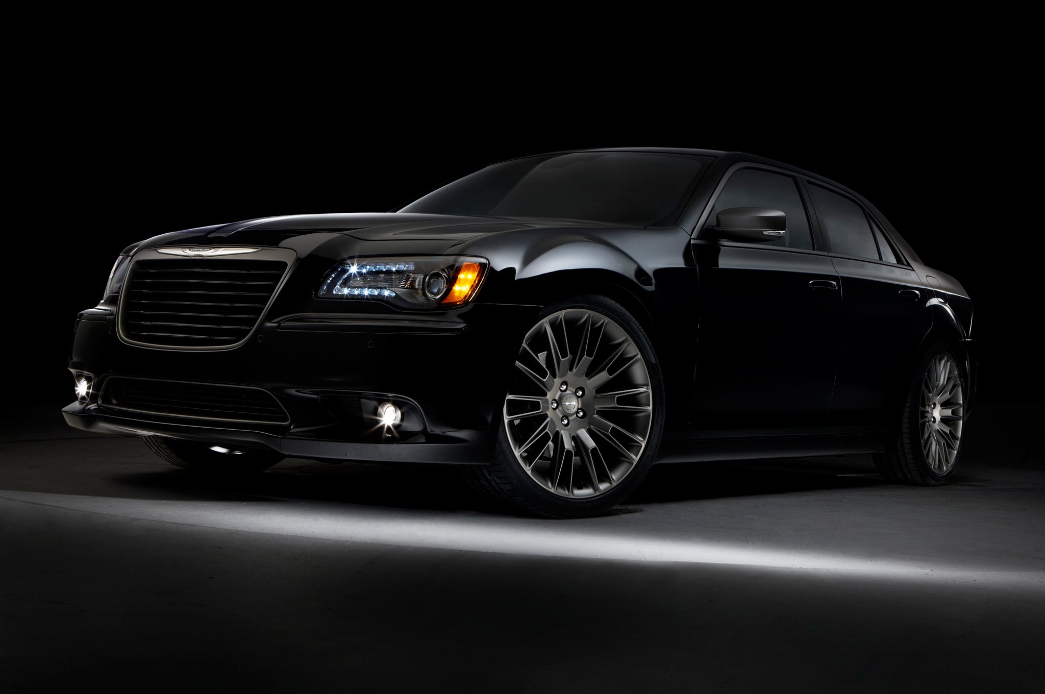 2014 Chrysler 300c John Varvatos Limited Edition Returns With Awd